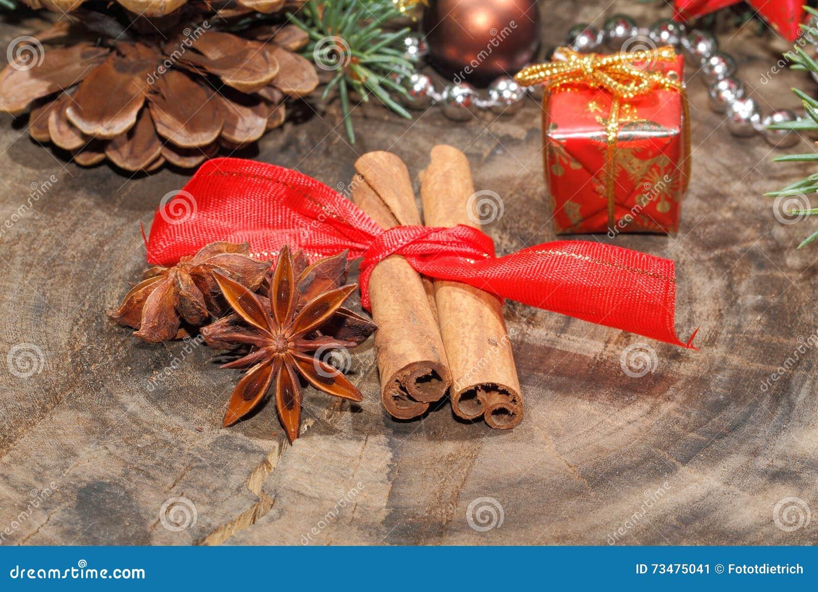 肉桂条,八角,圣诞节装饰