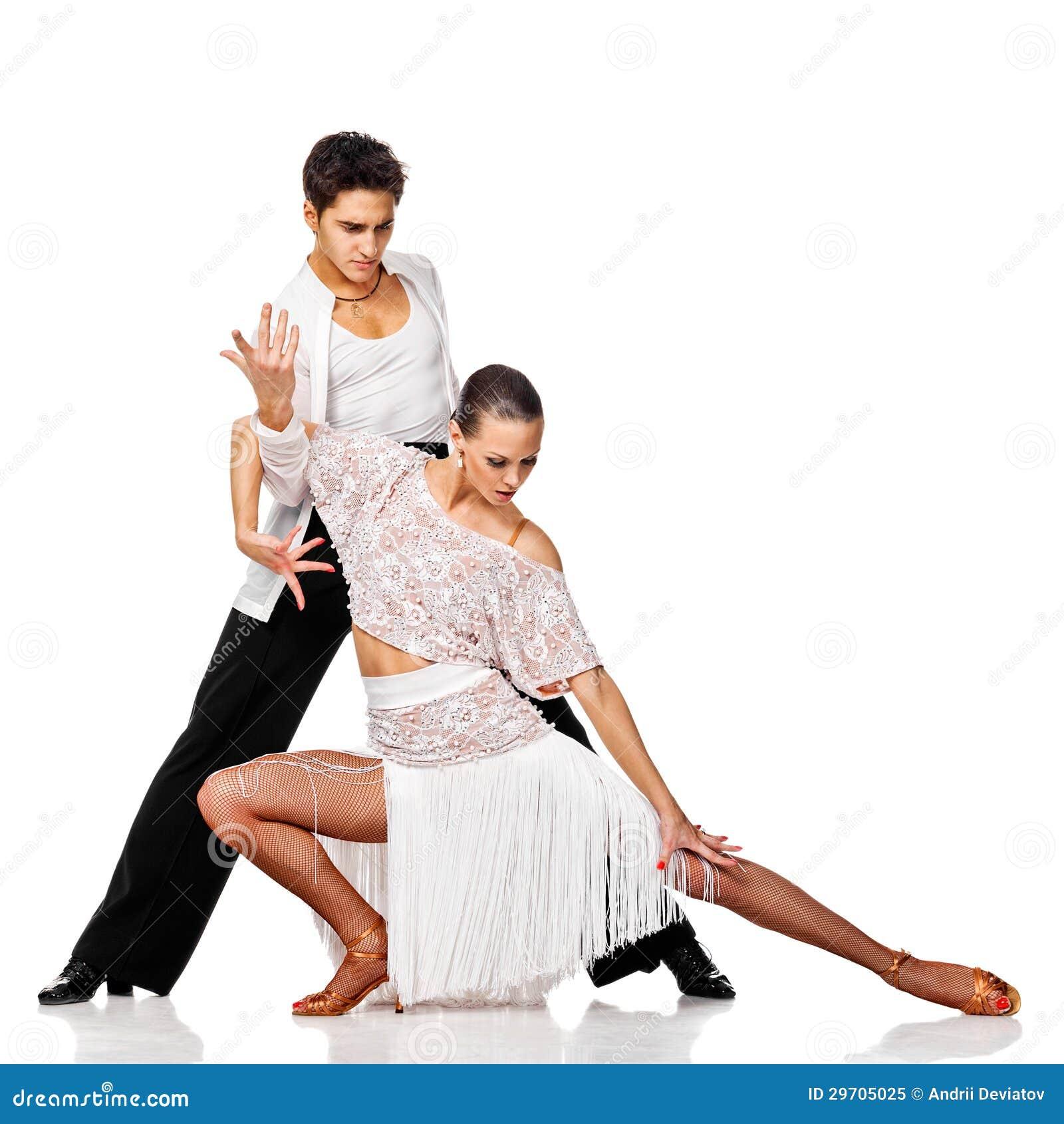 肉欲的夫妇跳舞辣调味汁。 行动的拉丁美州的舞蹈家。 隔绝