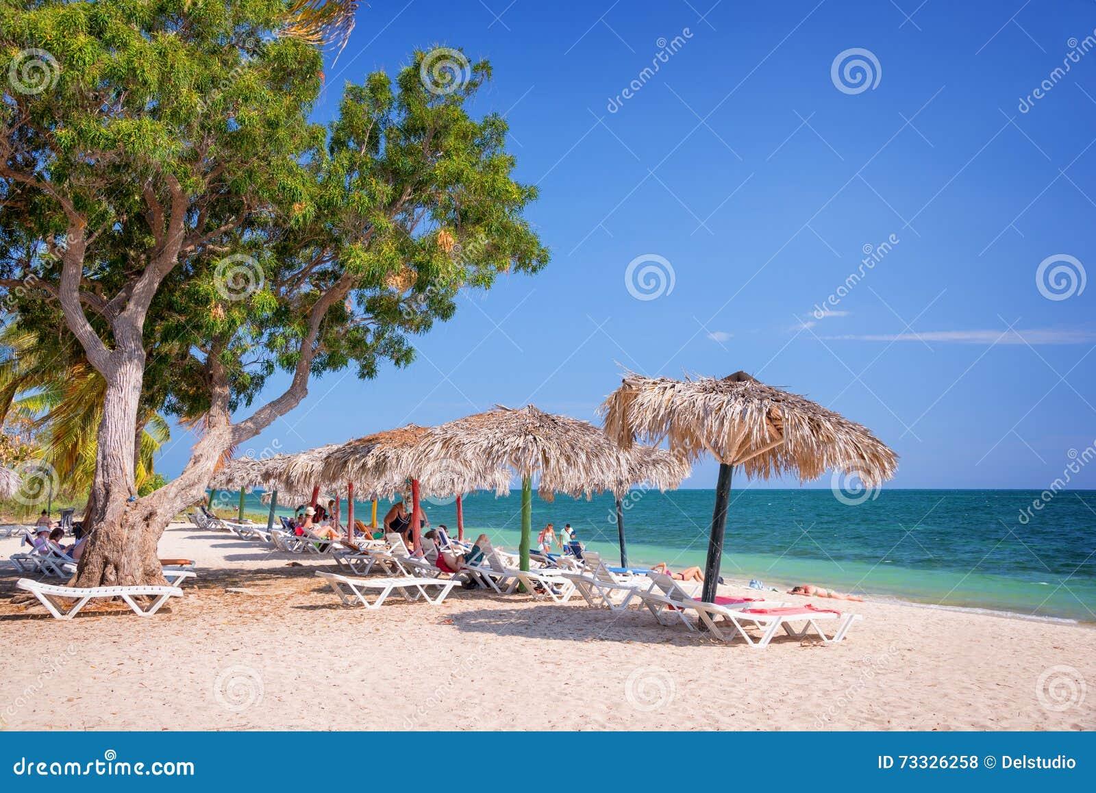 肘海滩,特立尼达古巴
