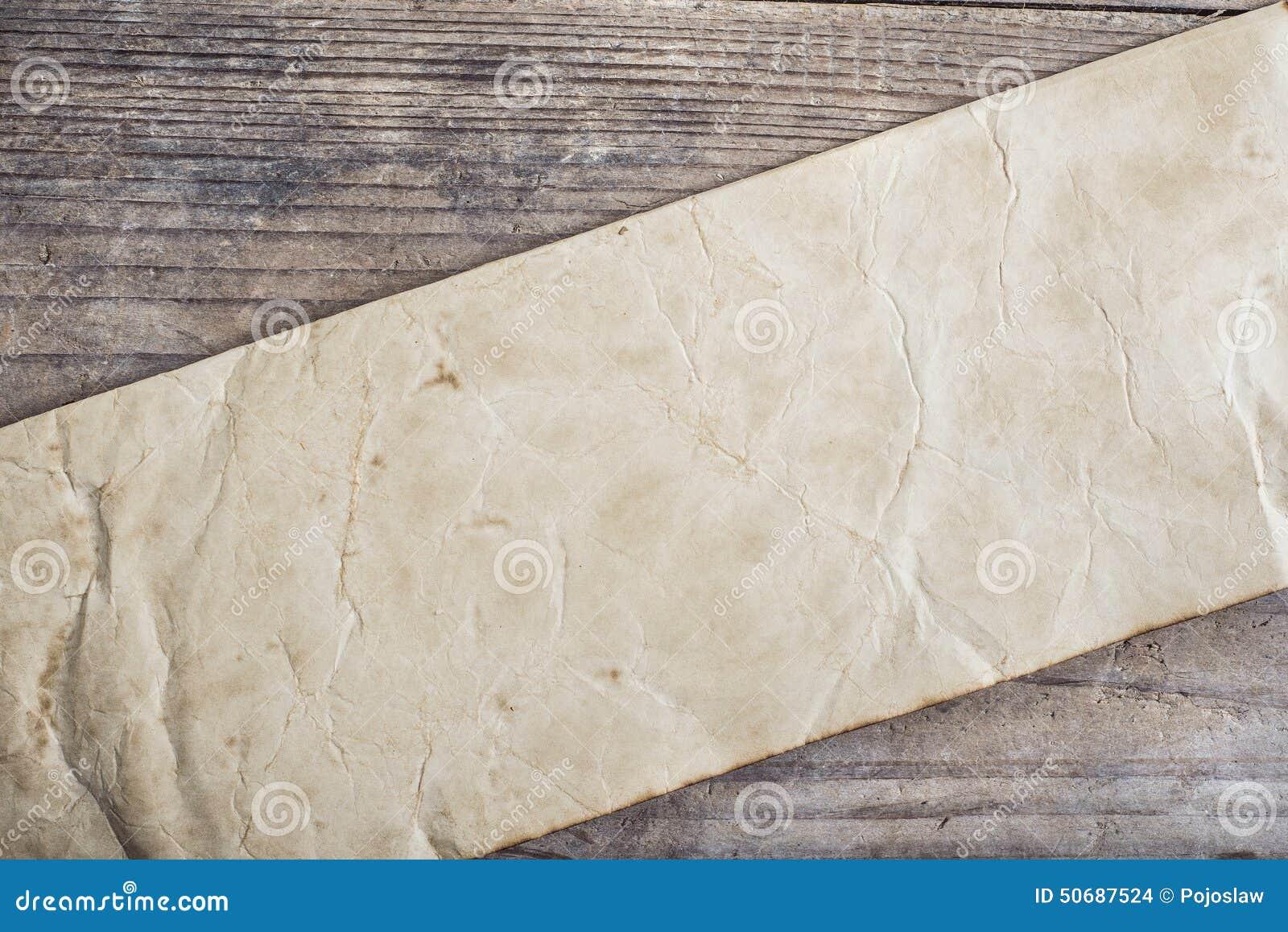 Download 背景接近的纸射击 库存照片. 图片 包括有 起皱纹, 材料, 纸张, 年龄, 折痕, grunge, 粗砺 - 50687524