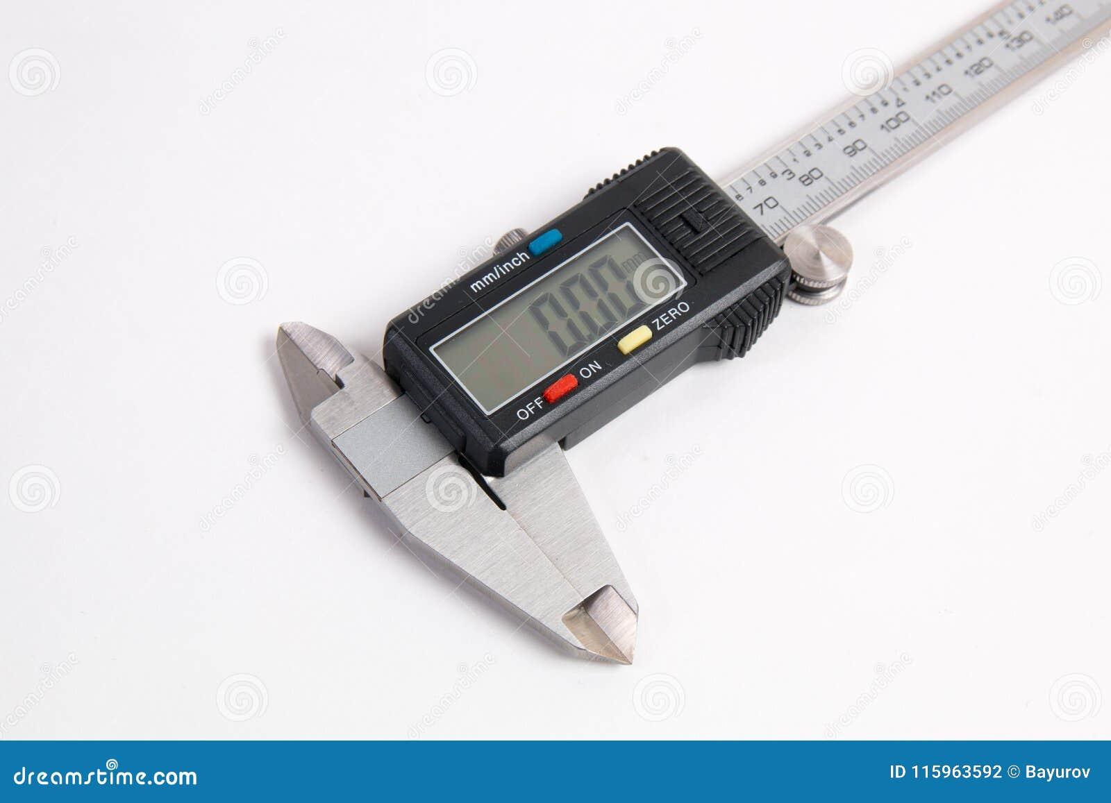 背景轮尺数字式电子精确度工具白色