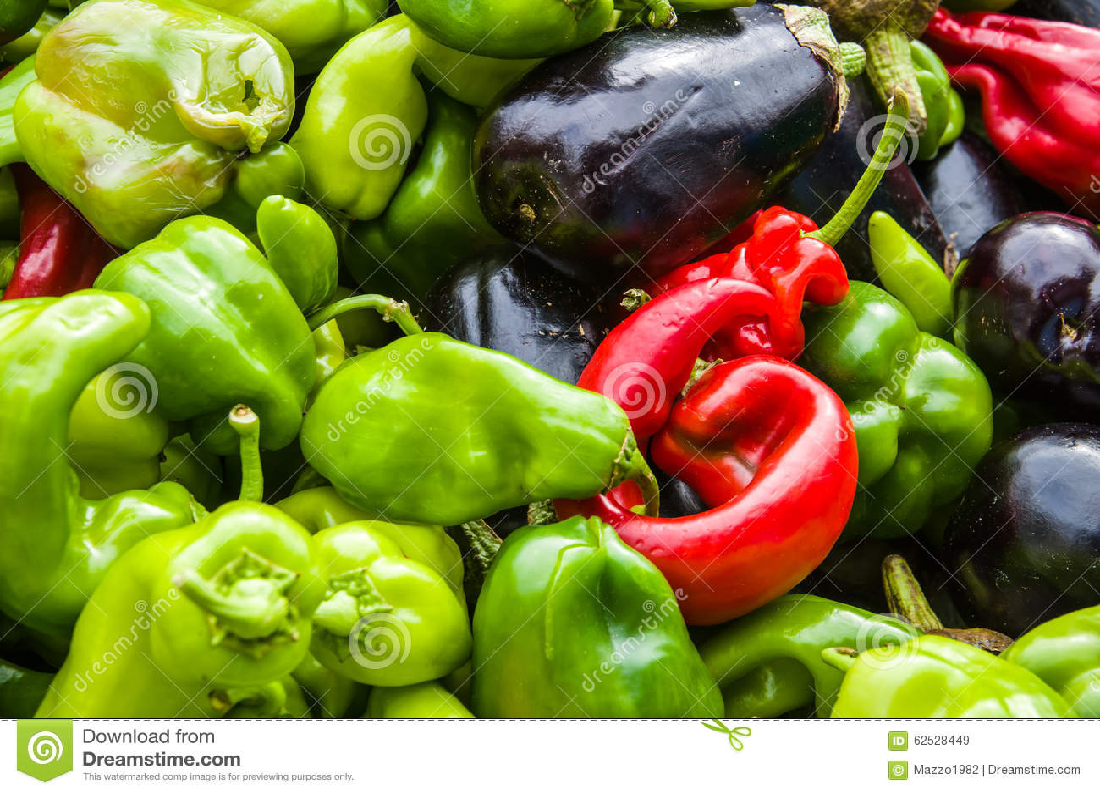 胡椒在一个市场上在普罗旺斯
