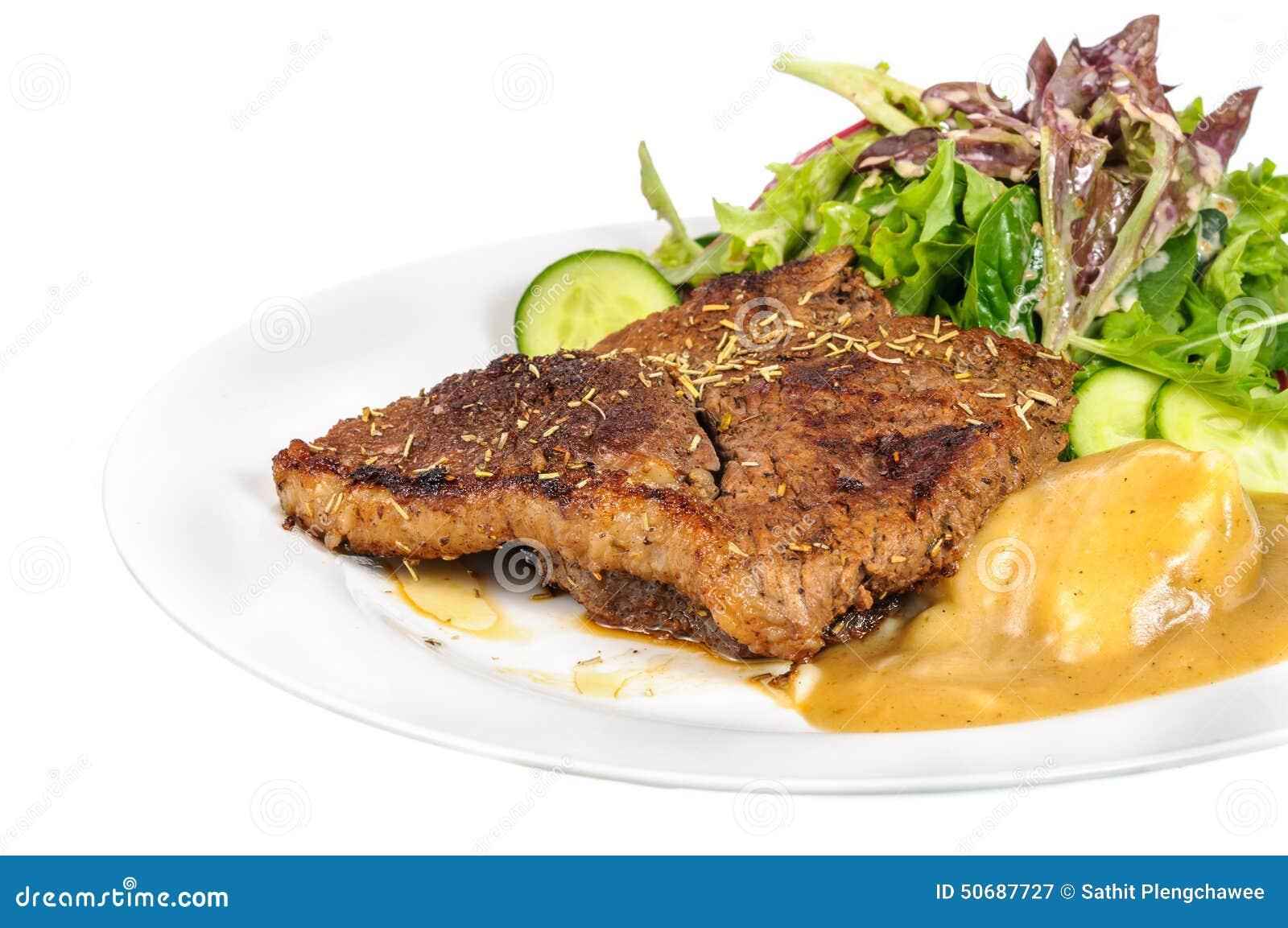 Download 臀部的牛排用土豆泥和混合菜在板材 库存图片. 图片 包括有 膳食, 内圆角, 烘烤, 牛排, 油煎, 绿色 - 50687727
