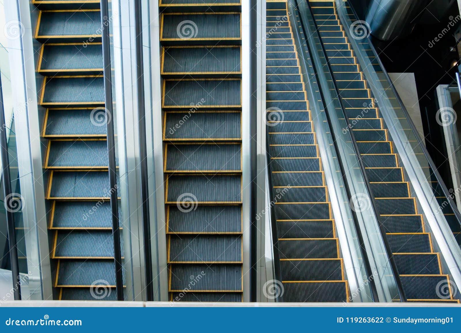 自动扶梯,黑白的楼梯,单色,抽象派