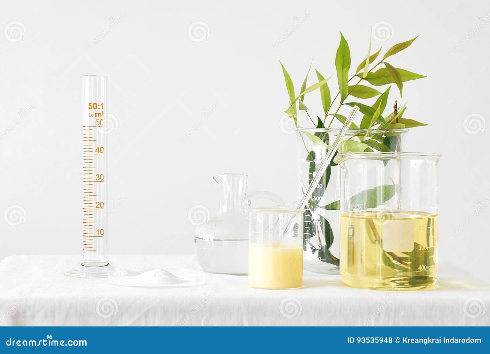 自然医学、设备和科学实验,公式化医学的化学制品