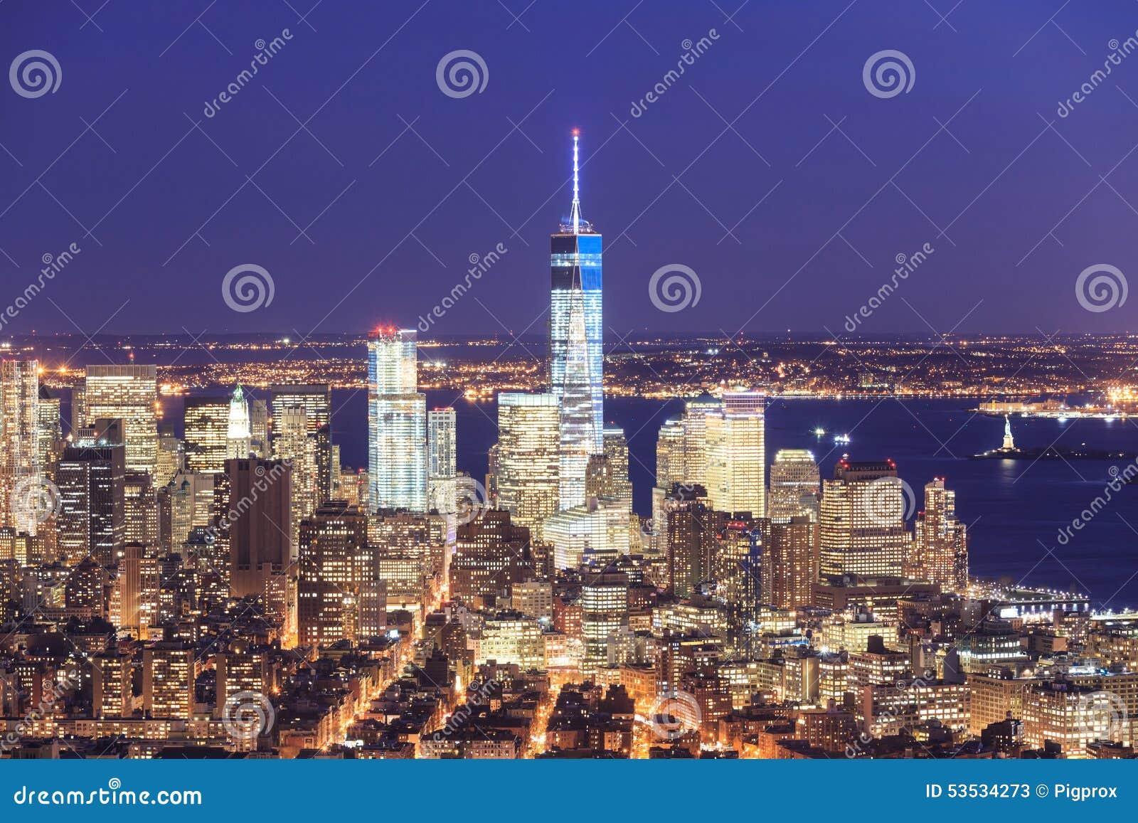 自由塔和街市曼哈顿地平线的看法