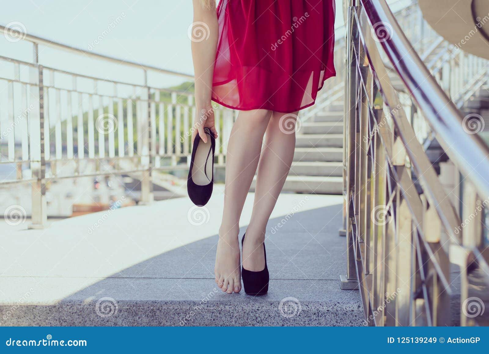 自由舒适鞋类辅助部件概念 关闭看法pho
