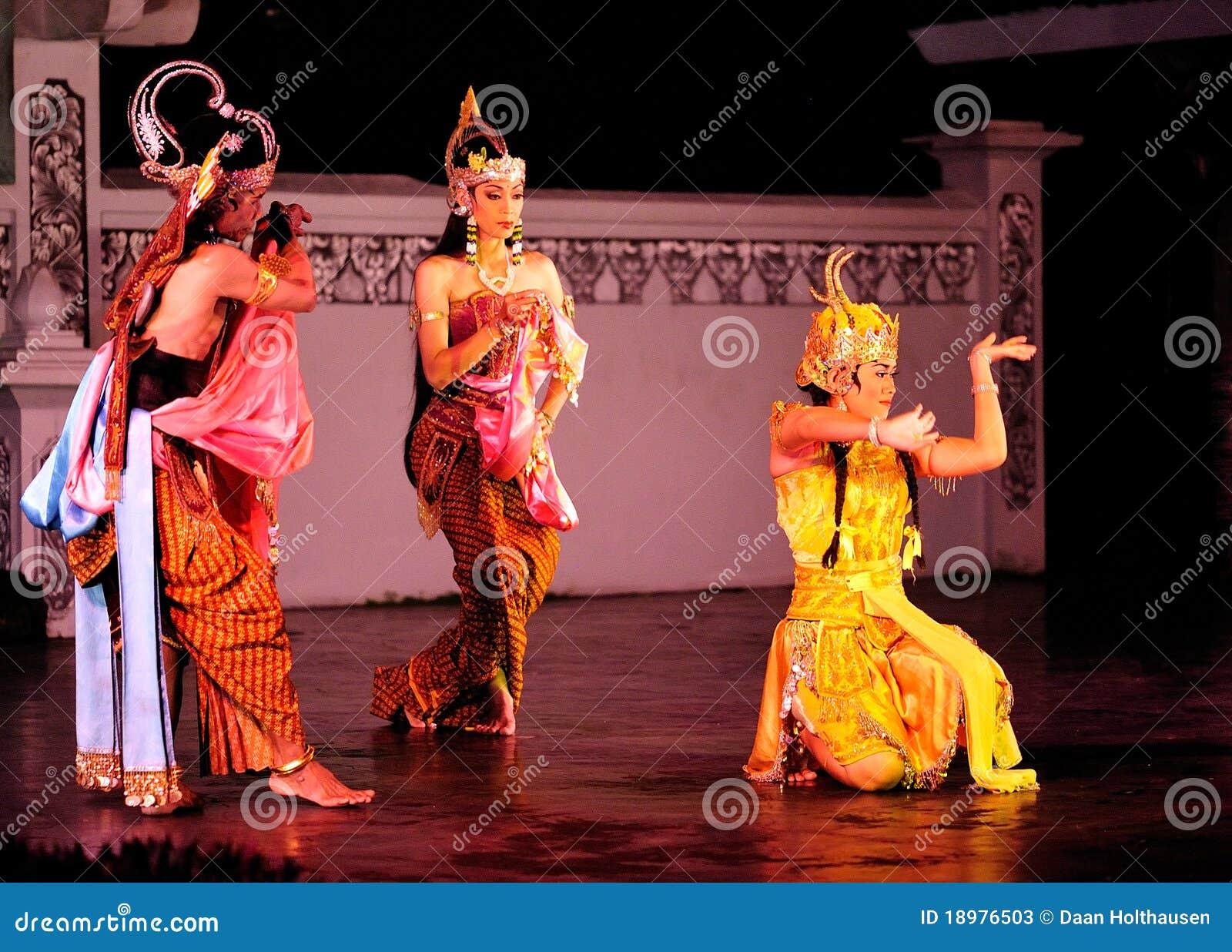 舞蹈性能ramayana