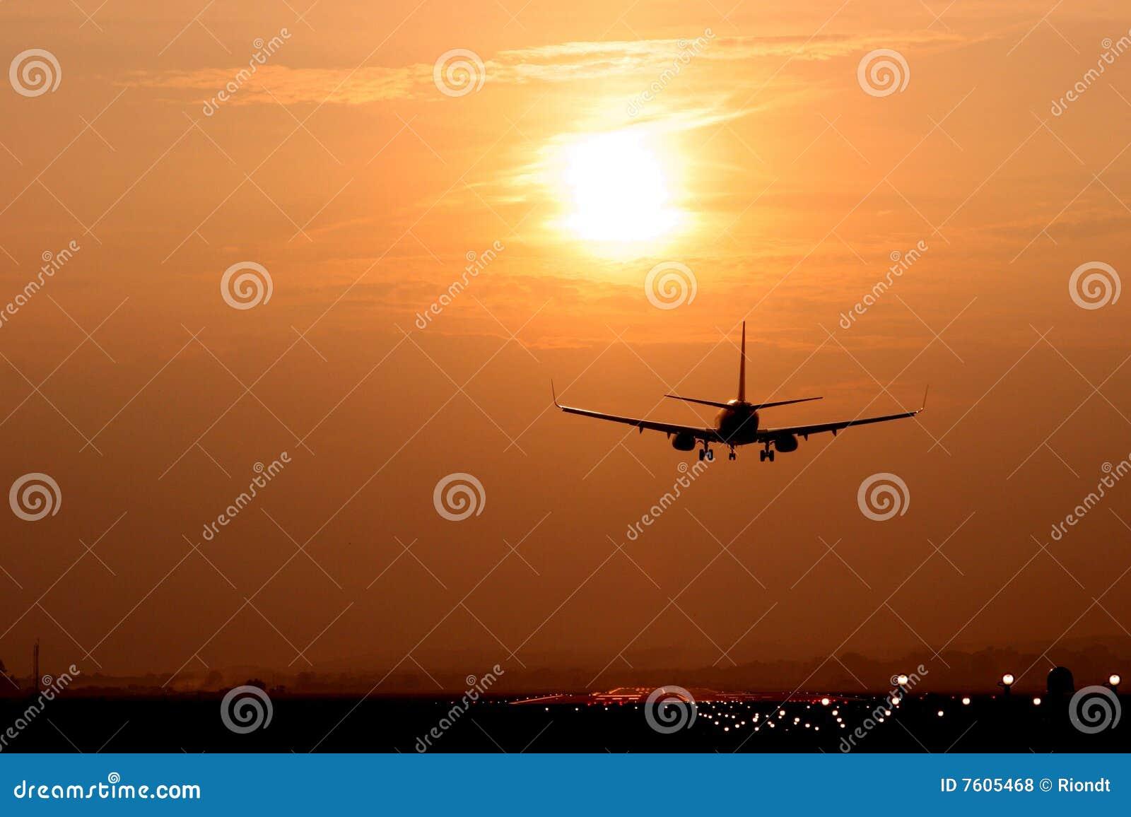航空器黄昏着陆