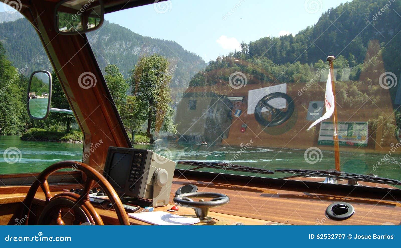 航行在Koenigsee 9