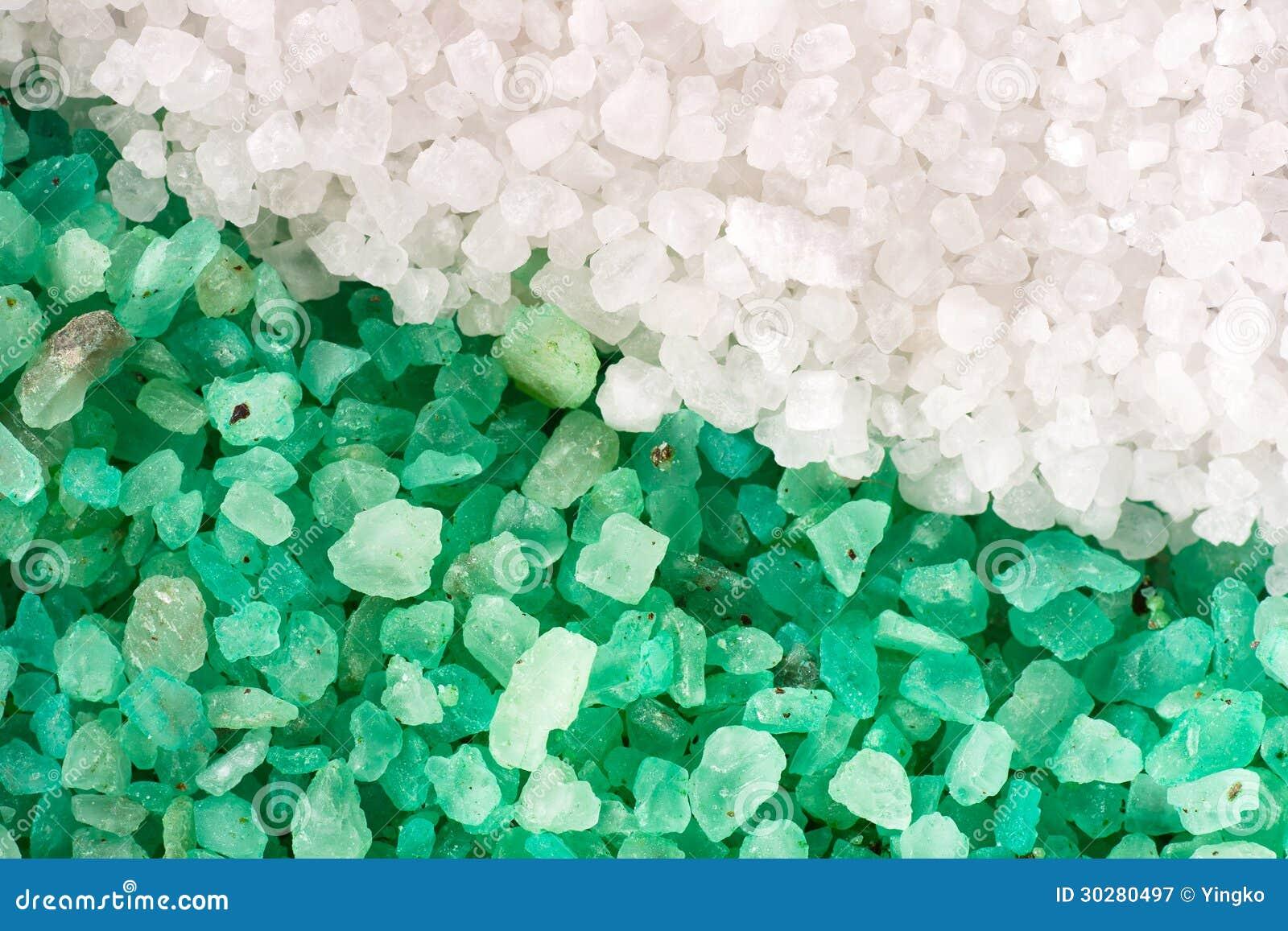 绿色和白色盐背景