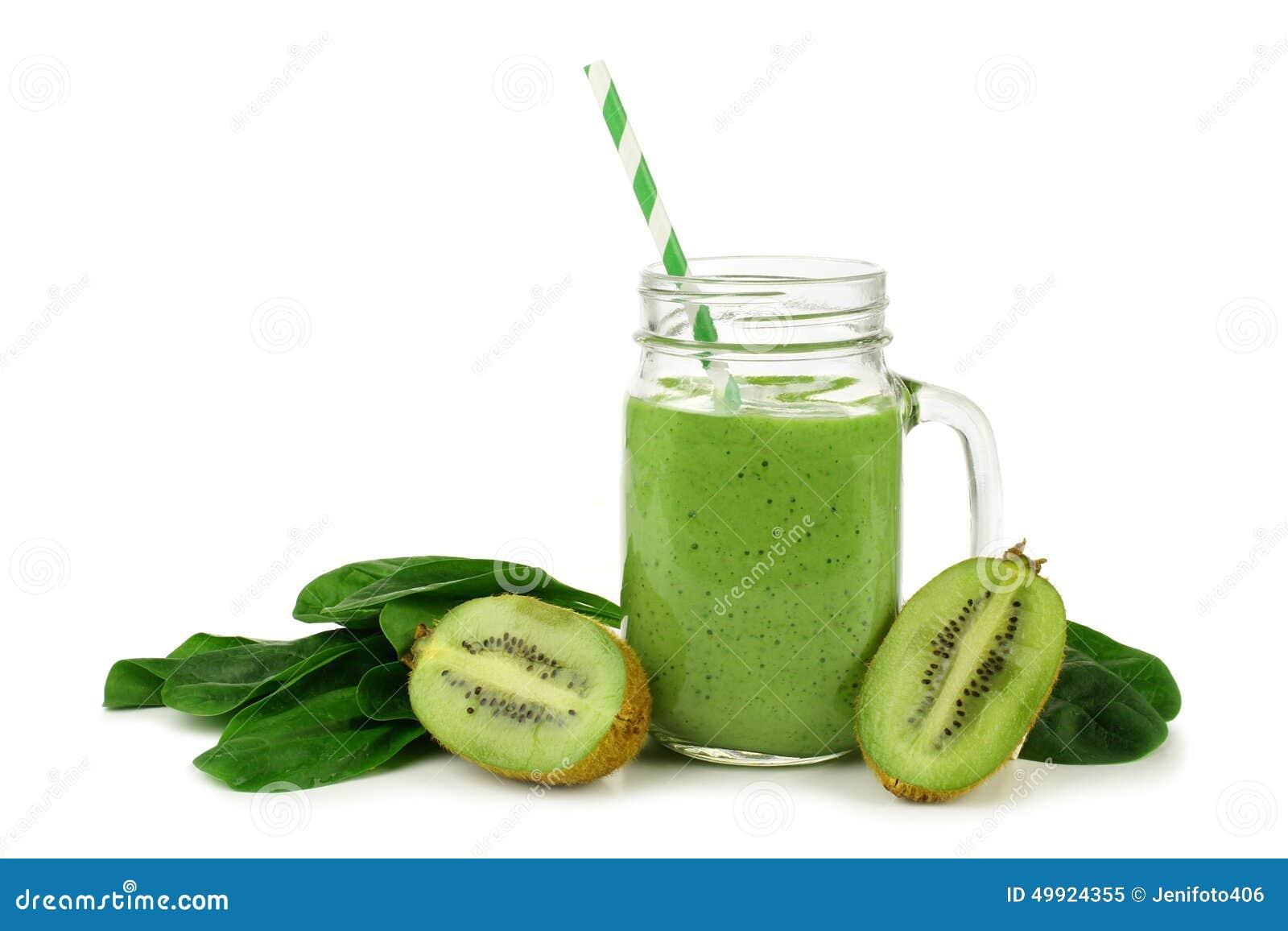 绿色圆滑的人用被隔绝的菠菜和猕猴桃