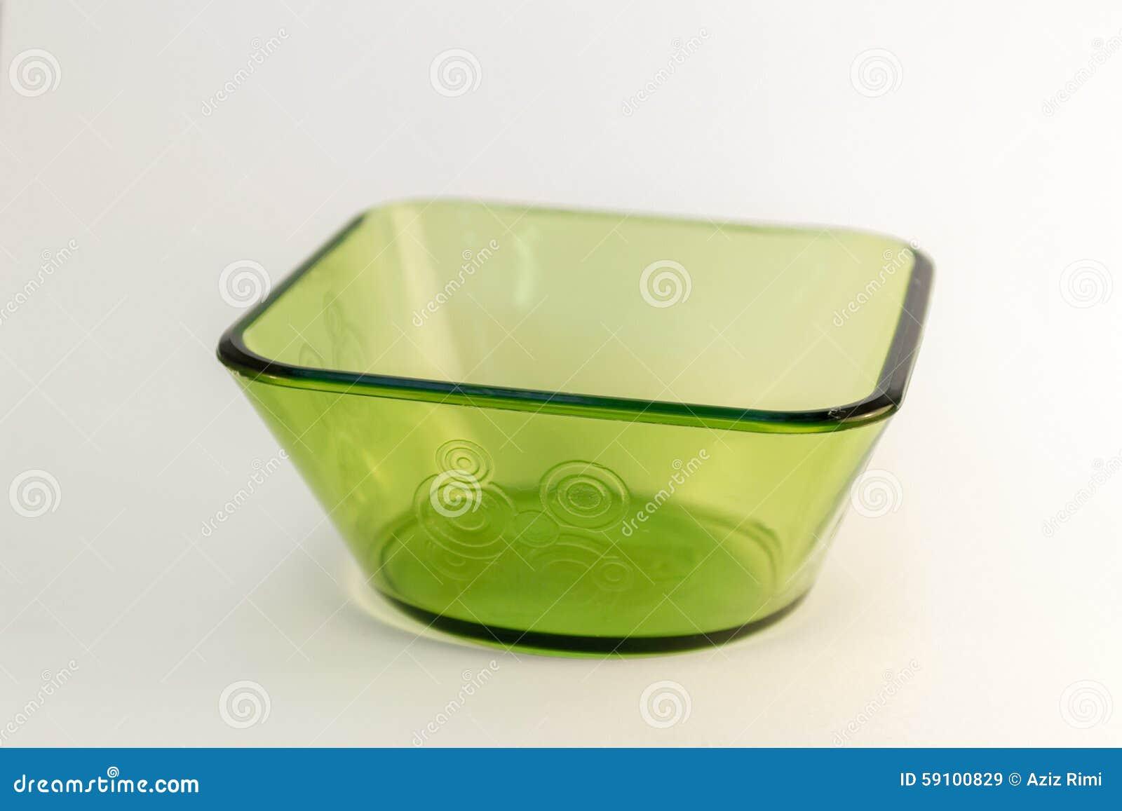 绿色方形的玻璃碗
