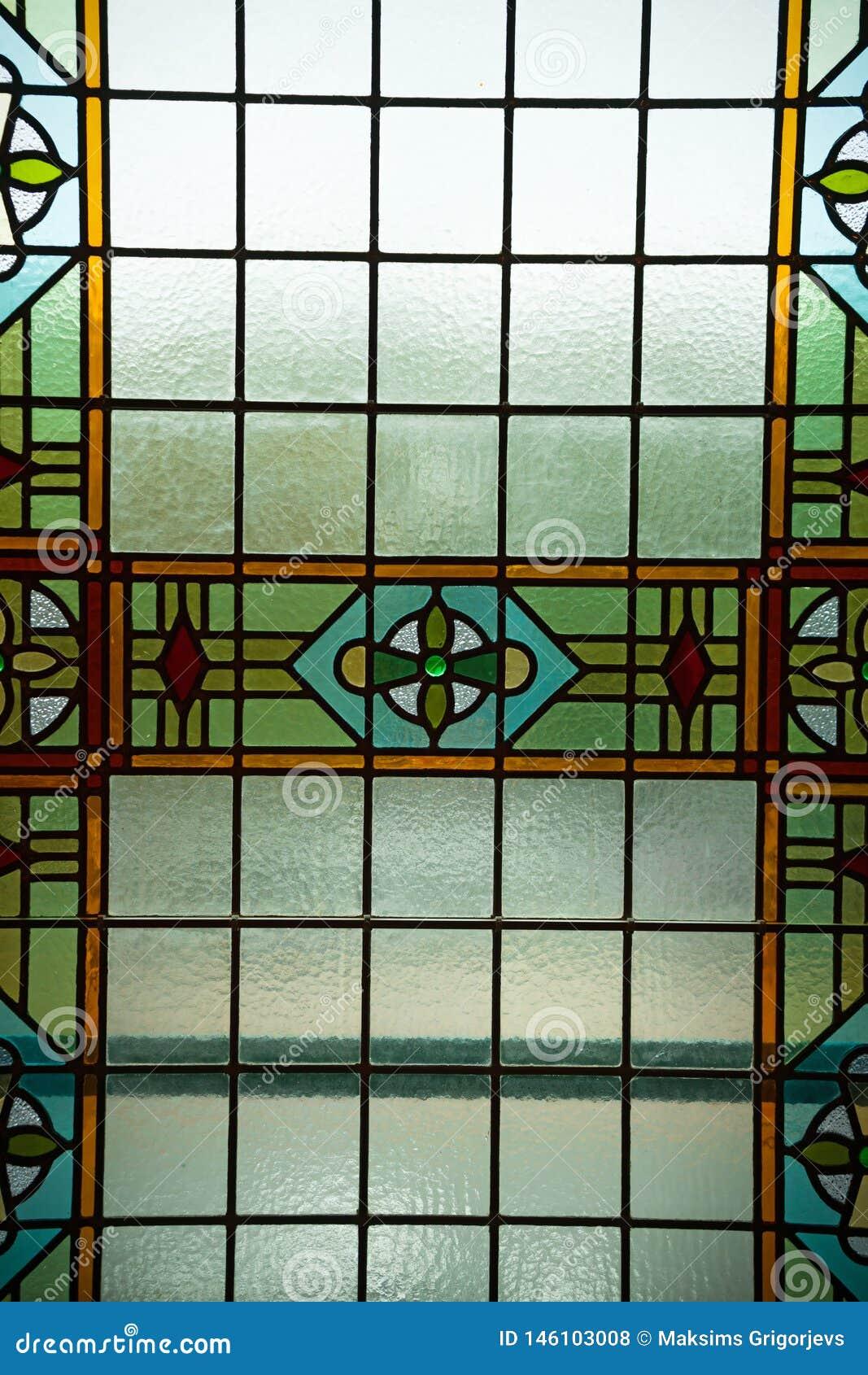 色的污迹玻璃窗,阿姆斯特丹,荷兰,2017年10月13日