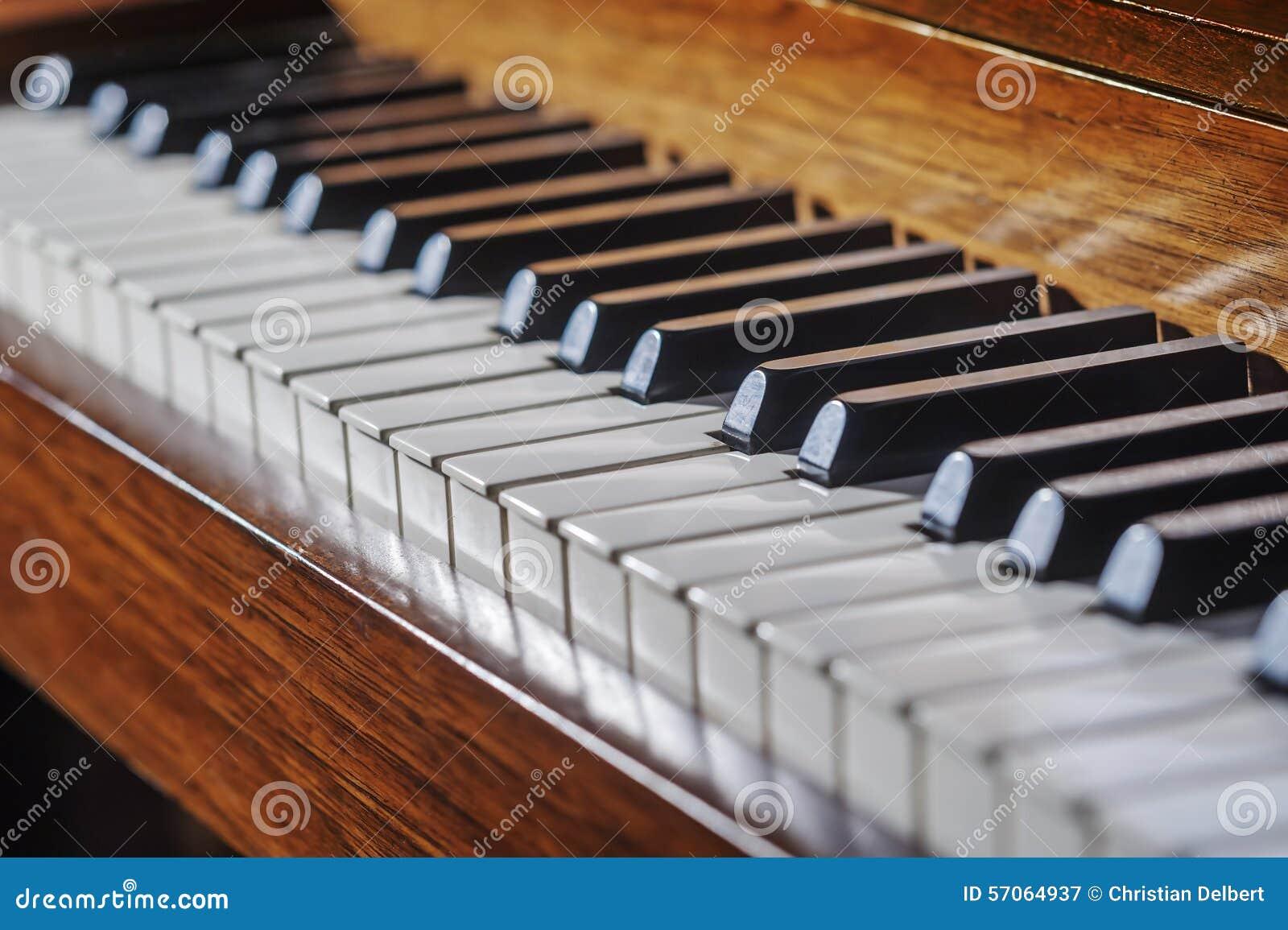 黑色键盘键钢琴行空白木