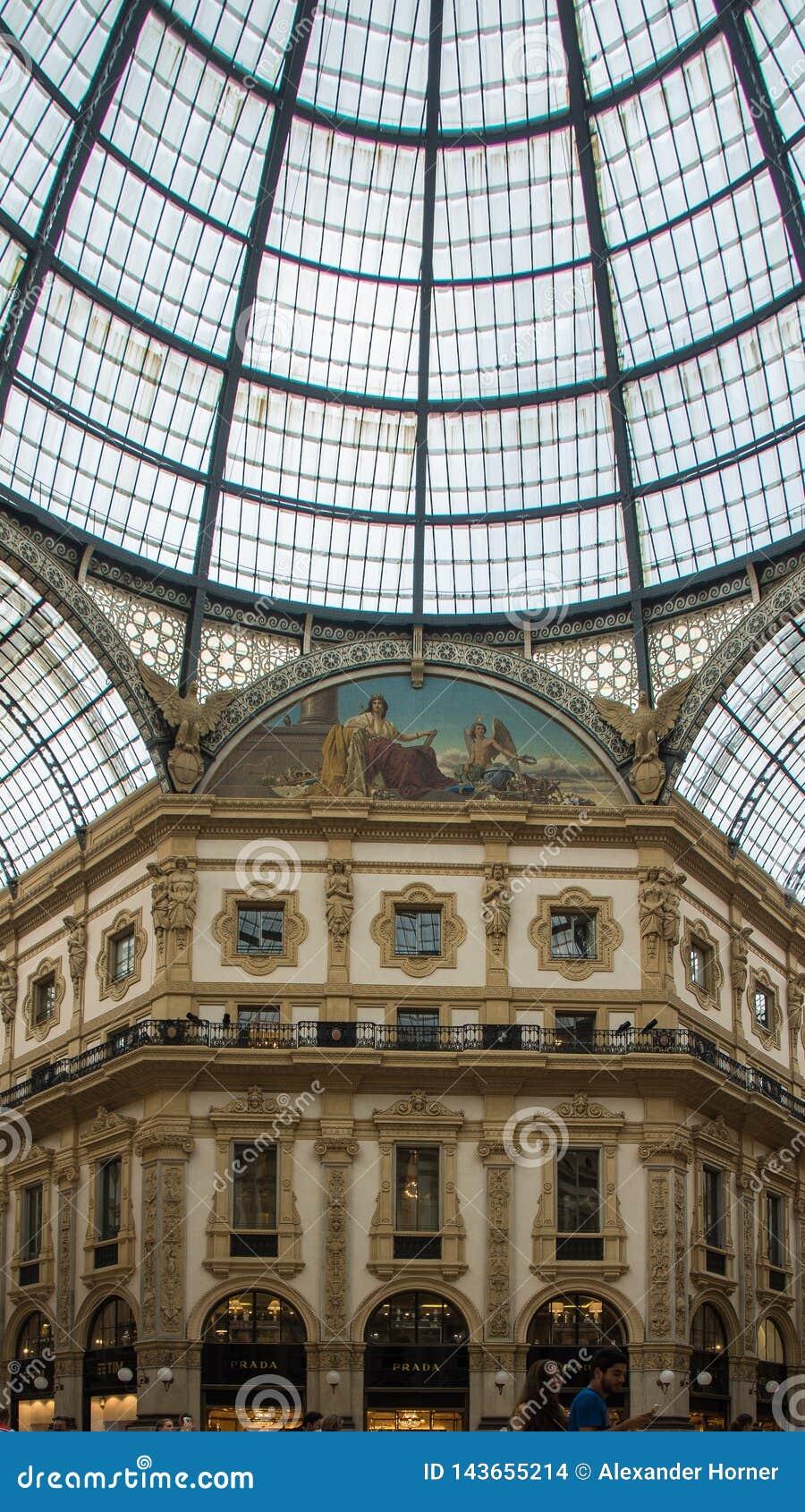 艺术nouveau玻璃屋顶