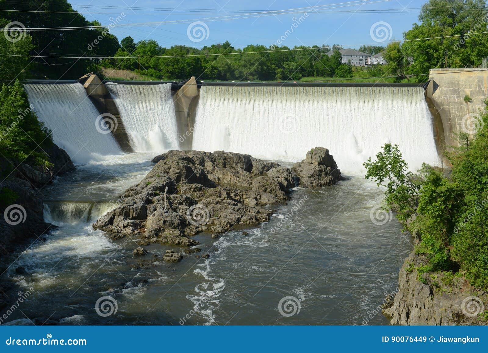 艾塞克斯连接点水坝,佛蒙特,美国