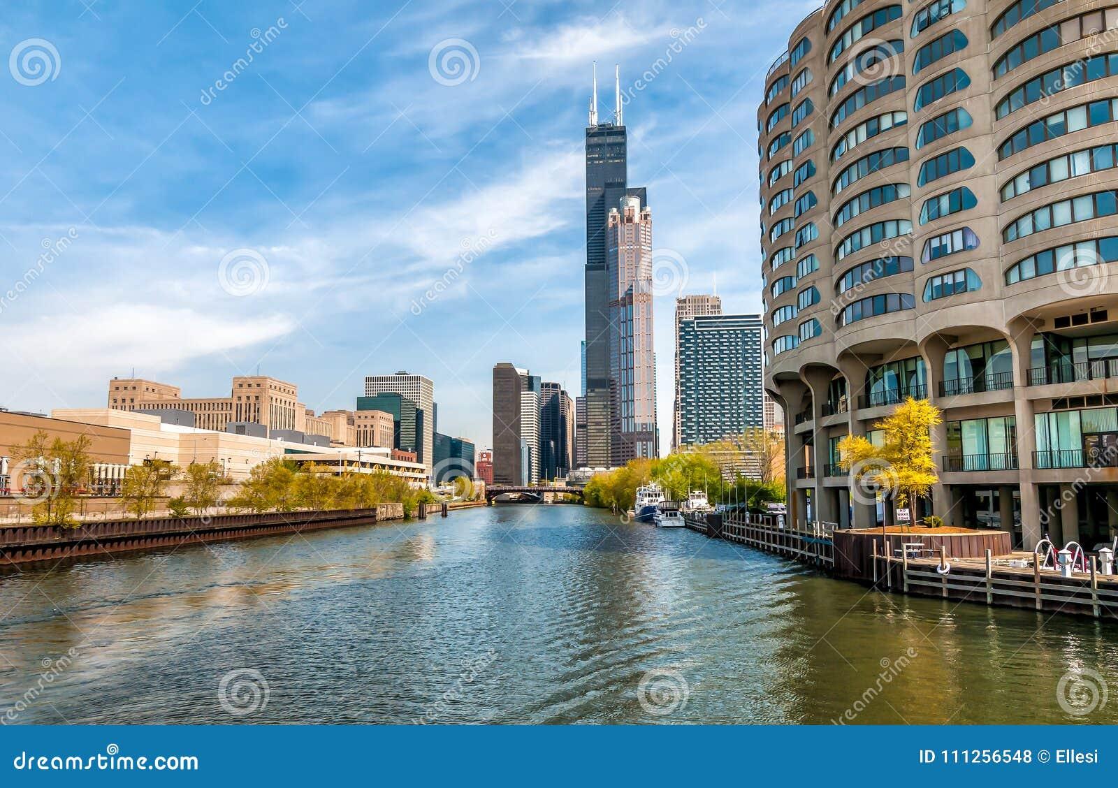 芝加哥都市风景看法从芝加哥河,美国的