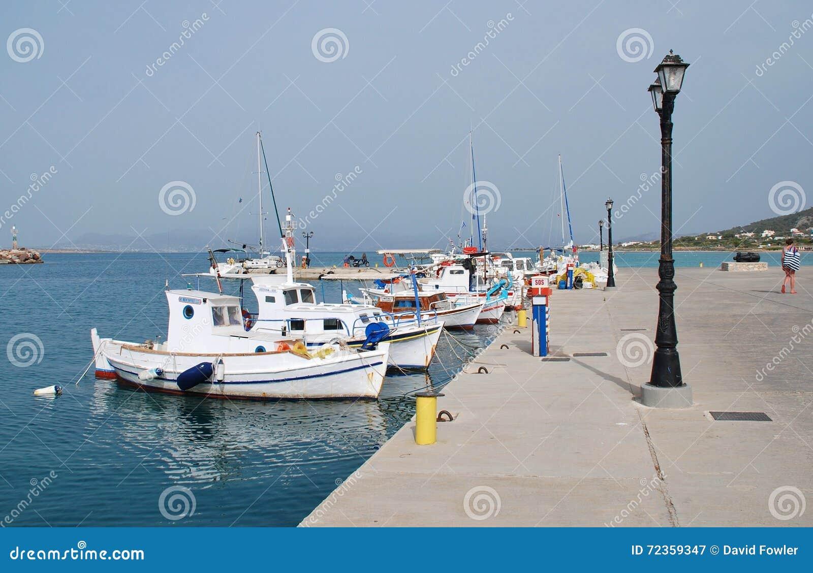 芦粟港口, Agistri海岛
