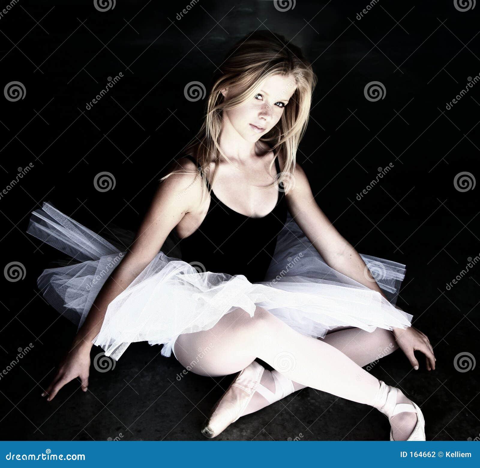 芭蕾舞女演员发光