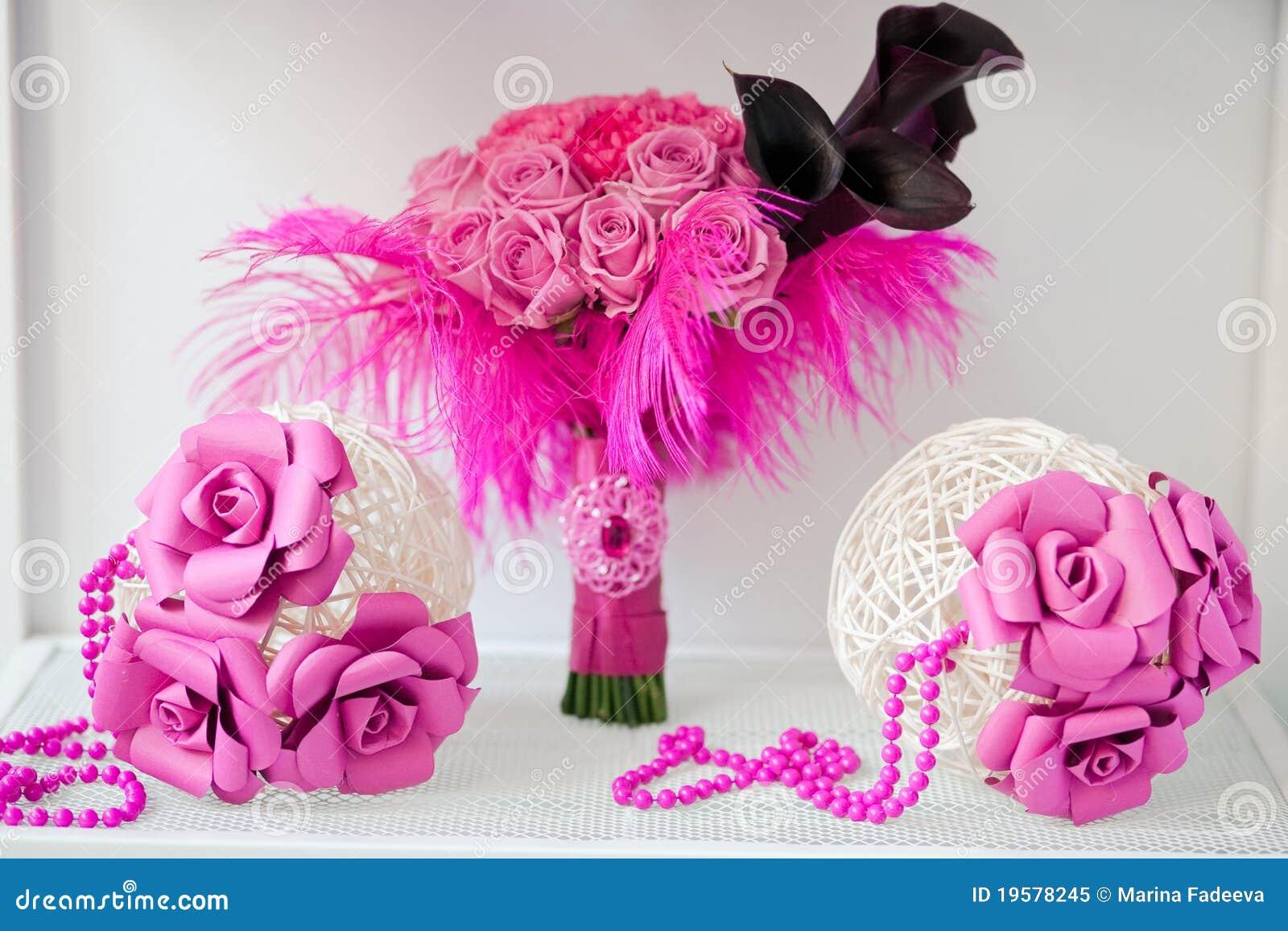花束新娘装饰的桃红色范围二