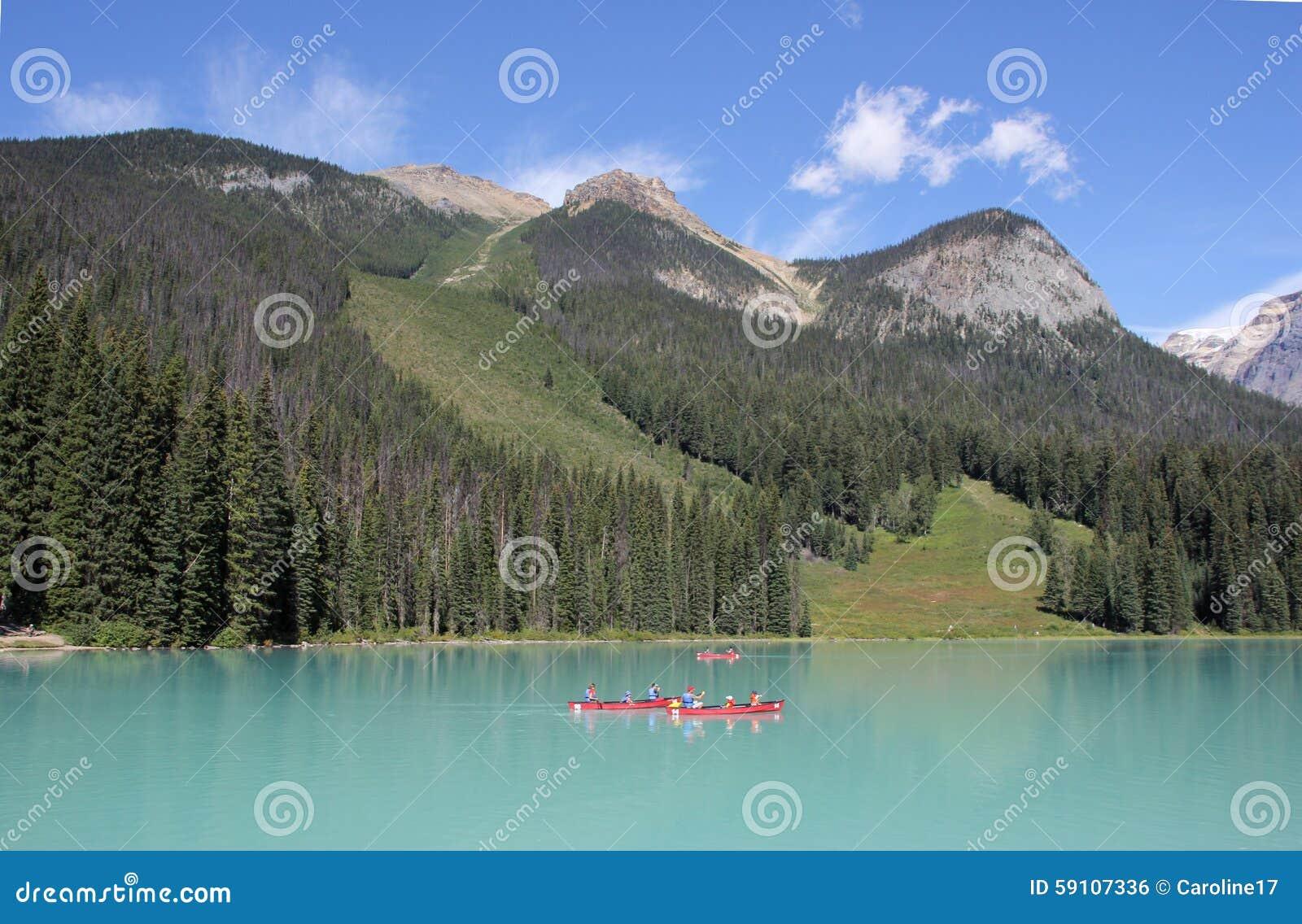 英国加拿大哥伦比亚鲜绿色湖找出国家公园yoho