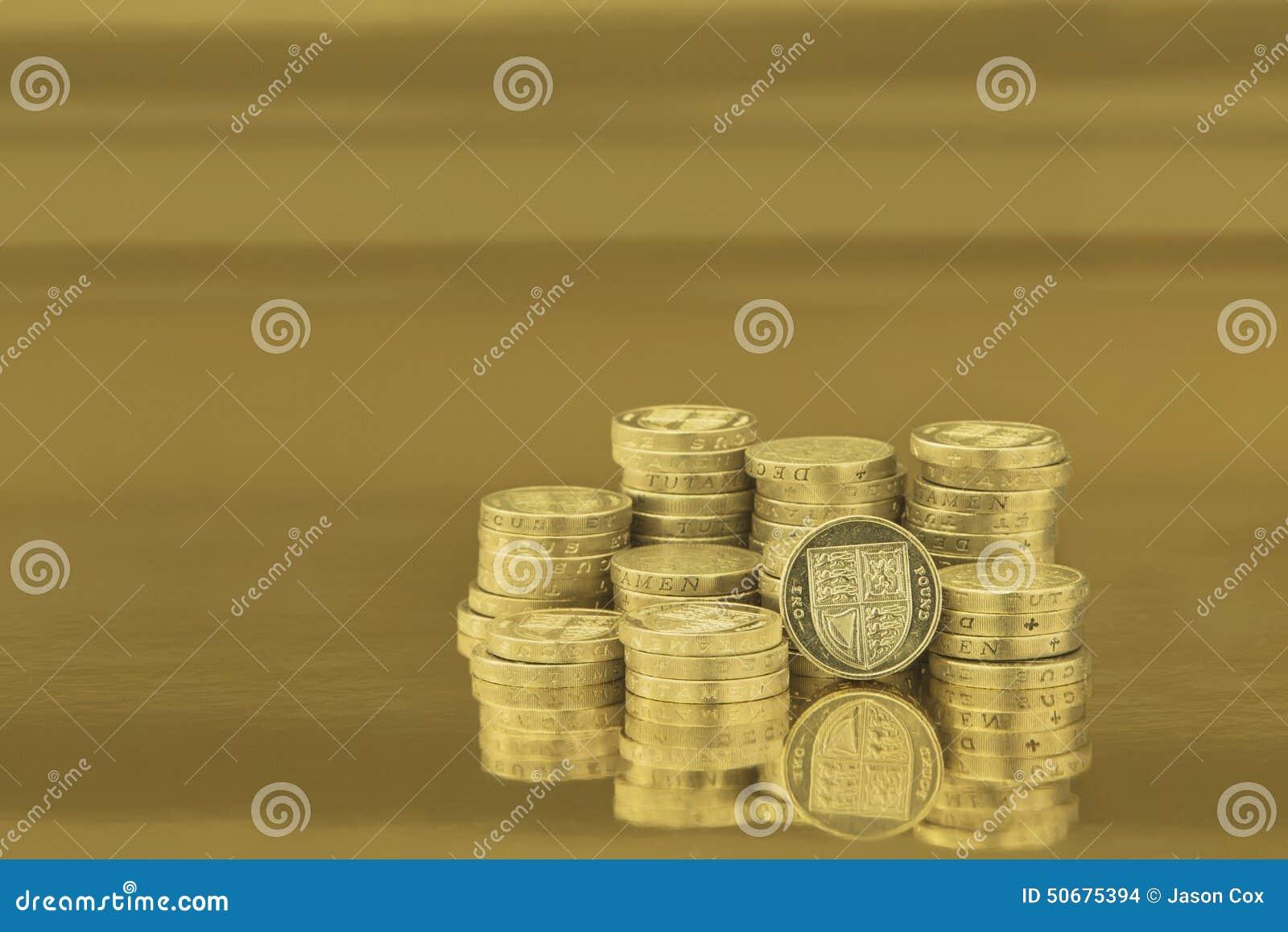 Download 英国铸造一镑 库存照片. 图片 包括有 现金, 金子, 财富, 横向, britney, 货币, 背包, 水平 - 50675394