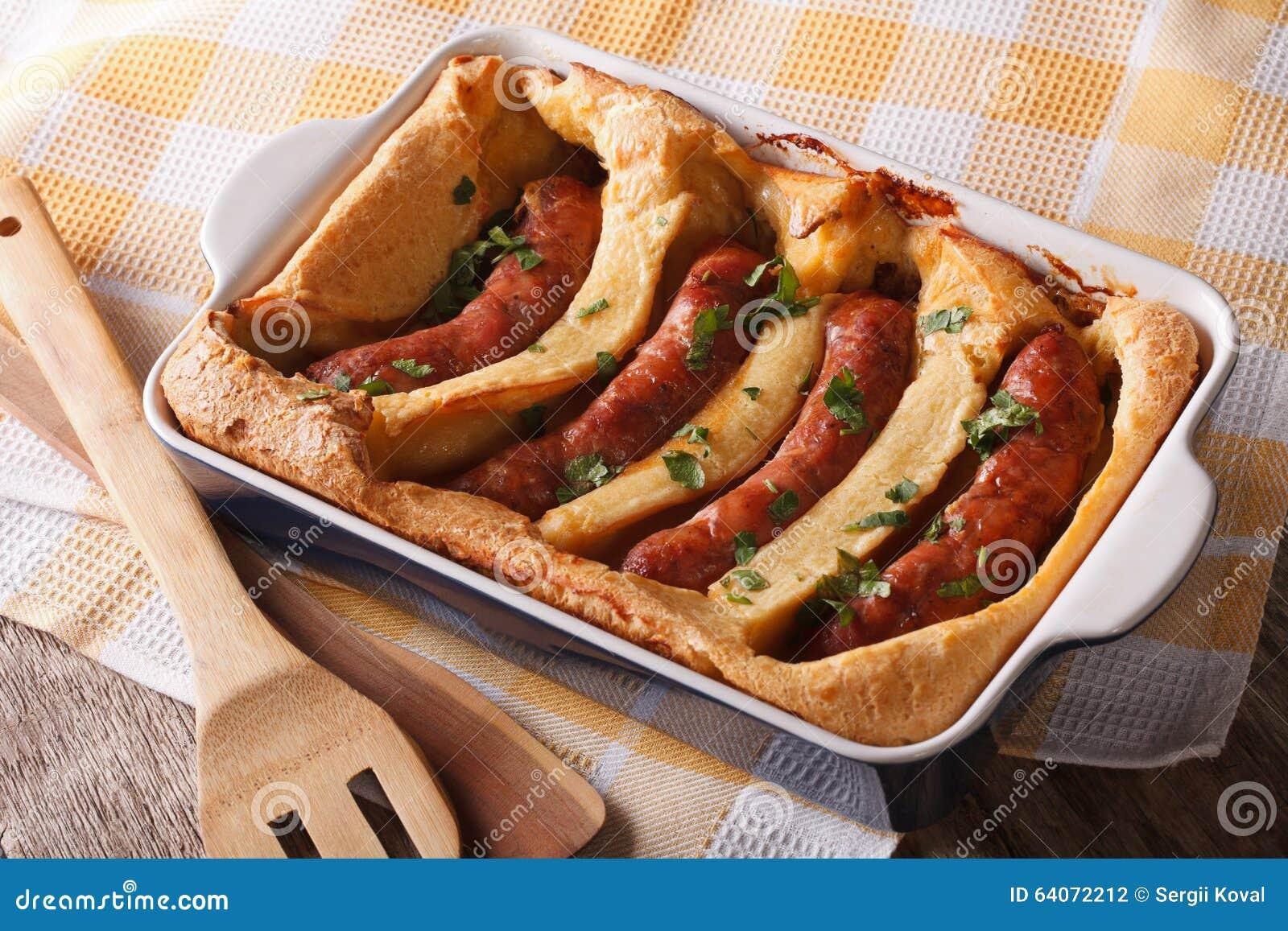 英国食物:在孔的蟾蜍到烘烤盘关闭里 Hori