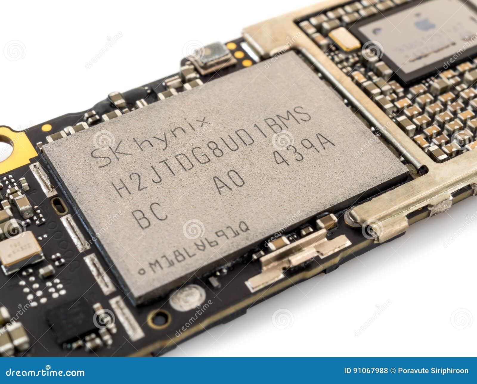 苹果计算机iPhone 6与非闪光集成电路芯片