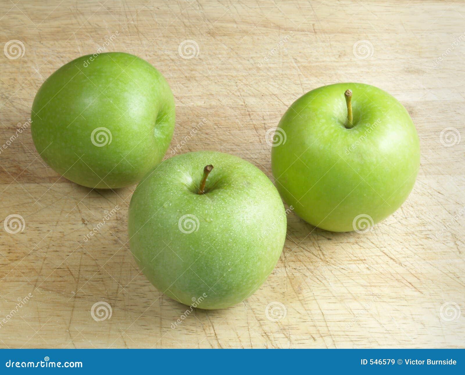 Download 苹果 库存图片. 图片 包括有 木头, 厨房, 皮肤, 果子, 应用, 食物, 烹调, 绿色, 会议室 - 546579