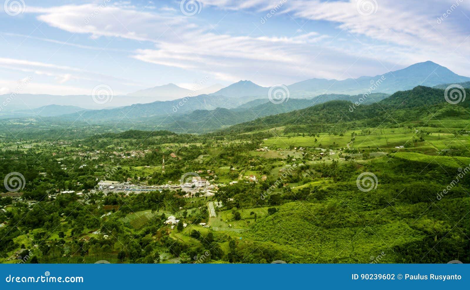 茶园高地和村庄
