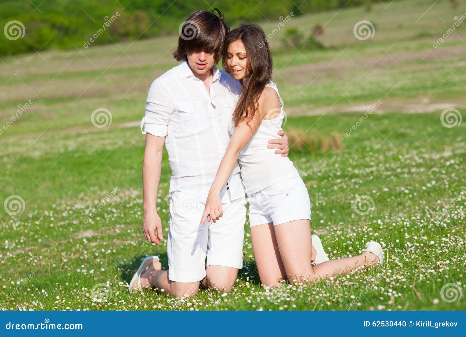 草的二个恋人