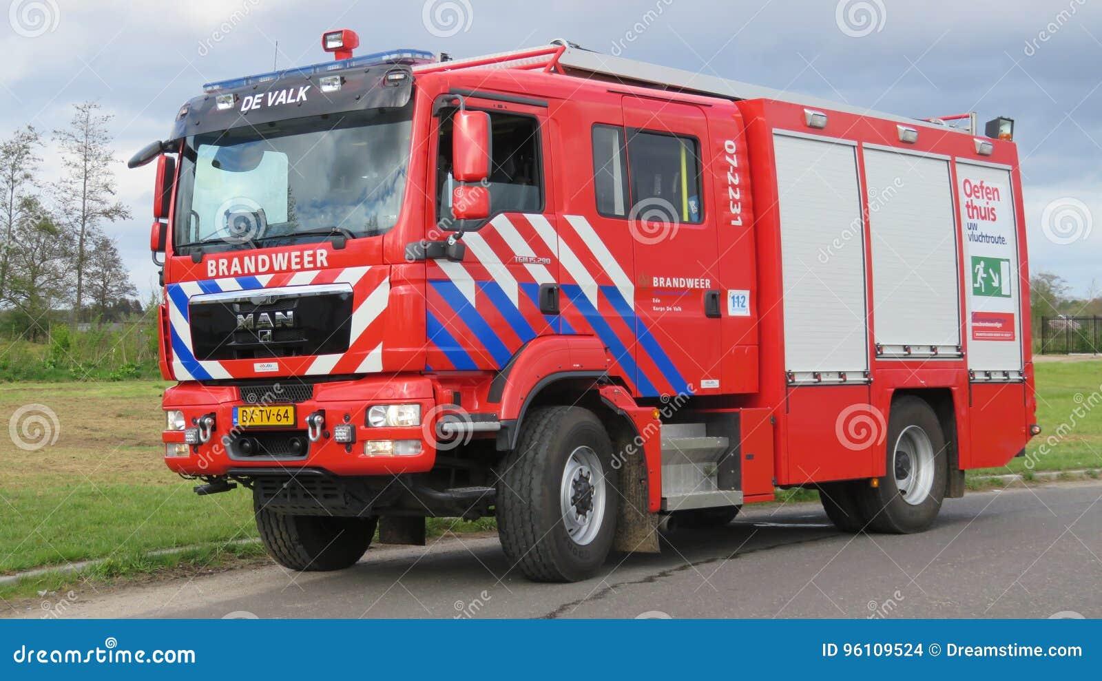 荷兰消防队的消防车