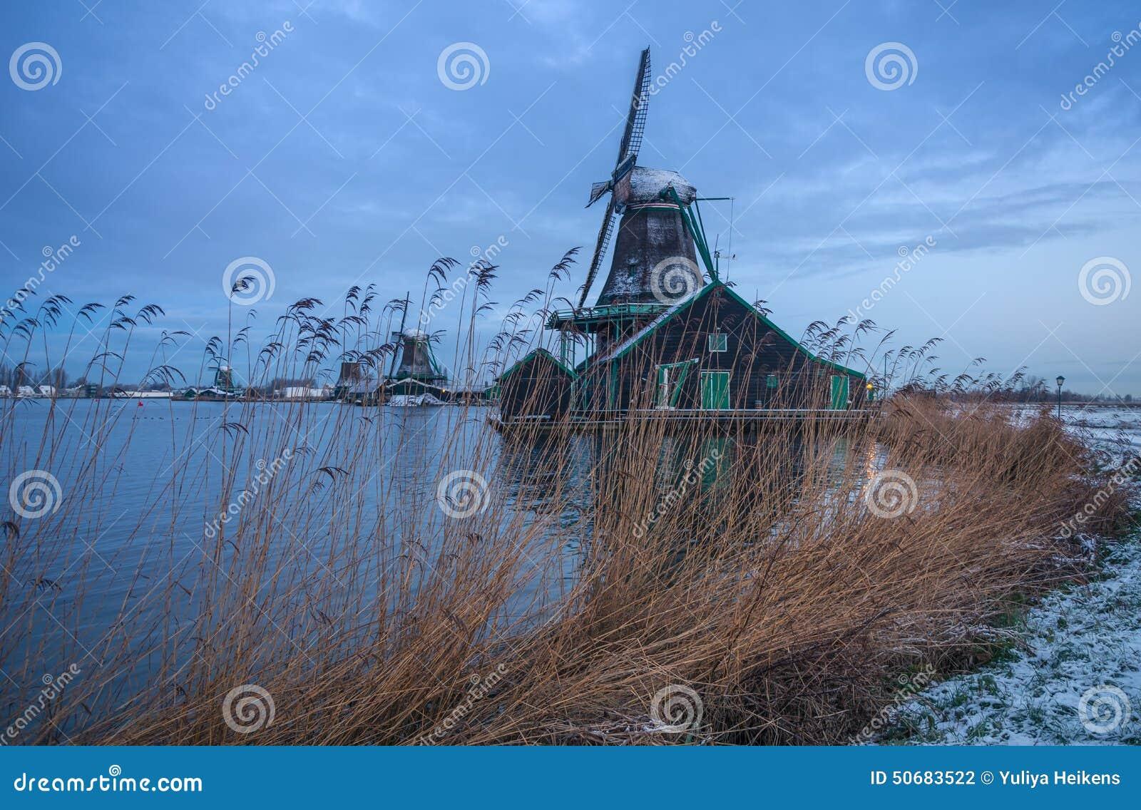 Download 荷兰语农村风景 库存照片. 图片 包括有 天空, 安排, 纪念碑, 场面, 航空, 传统, 著名, 横向 - 50683522