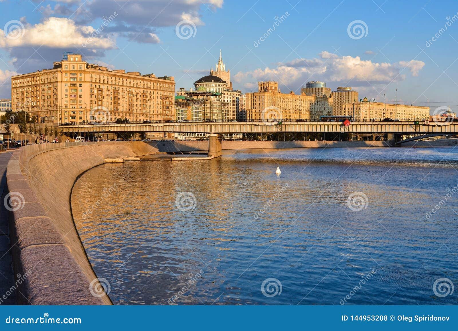 莫斯科河的堤防