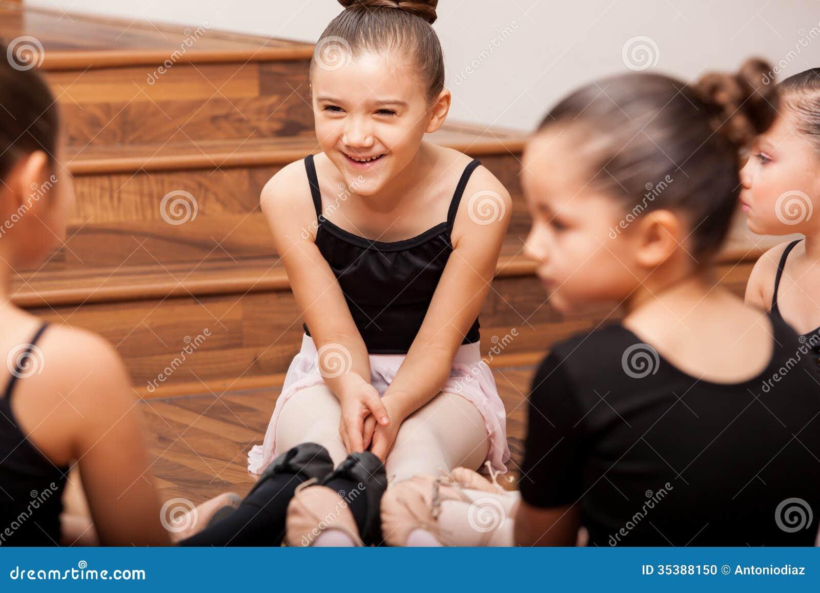 获得乐趣在舞蹈课期间