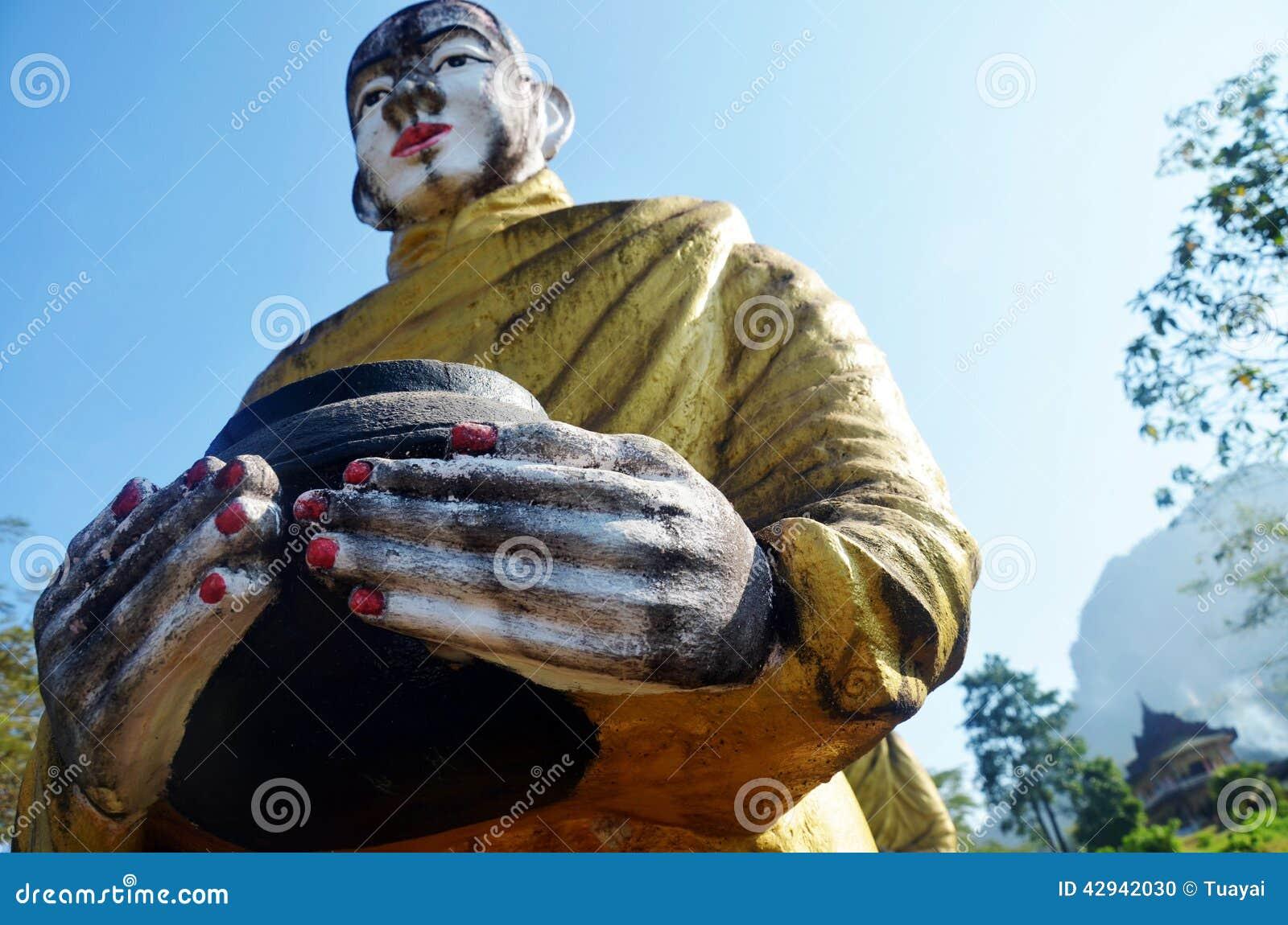 菩萨图象雕象在Tai Ta Ya修道院的缅甸样式