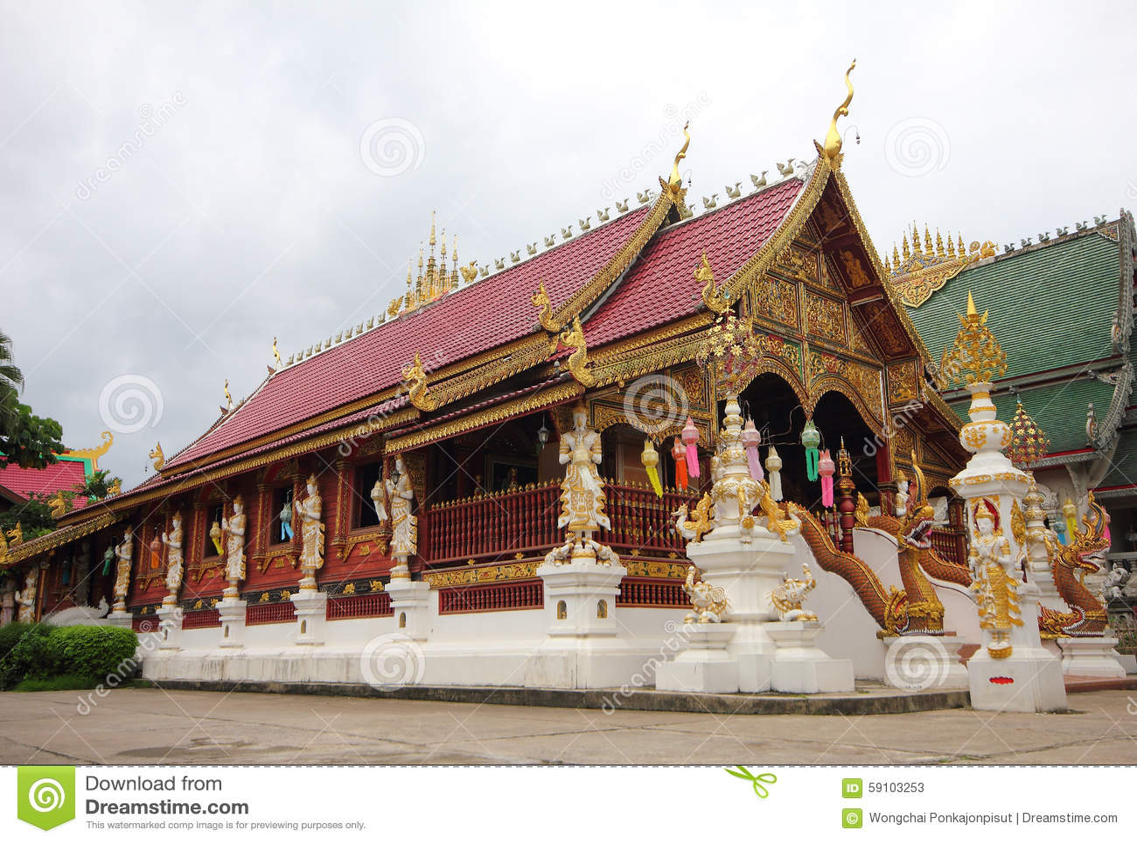菩萨绿宝石寺庙