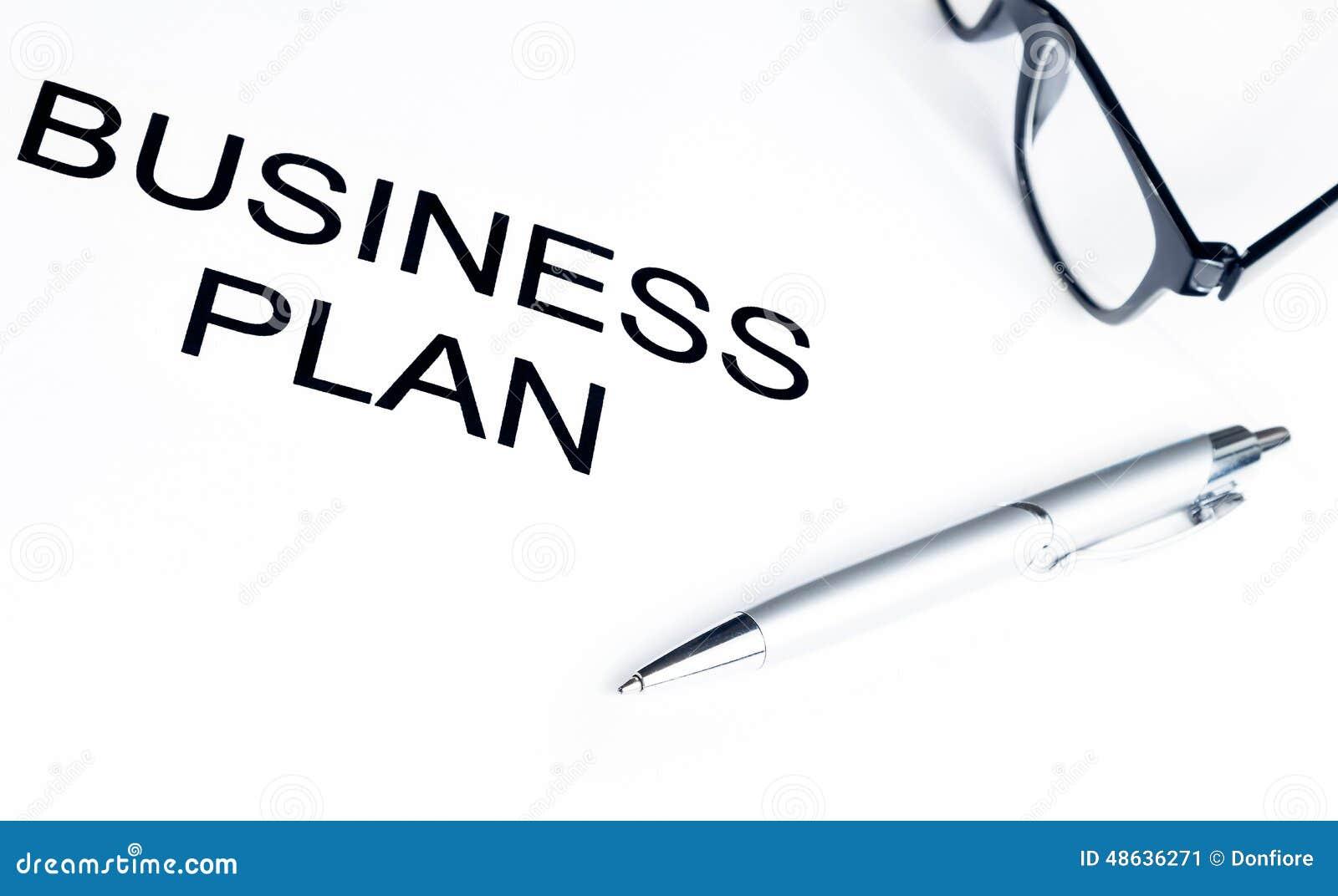 经营计划在玻璃和笔,企业概念附近措辞