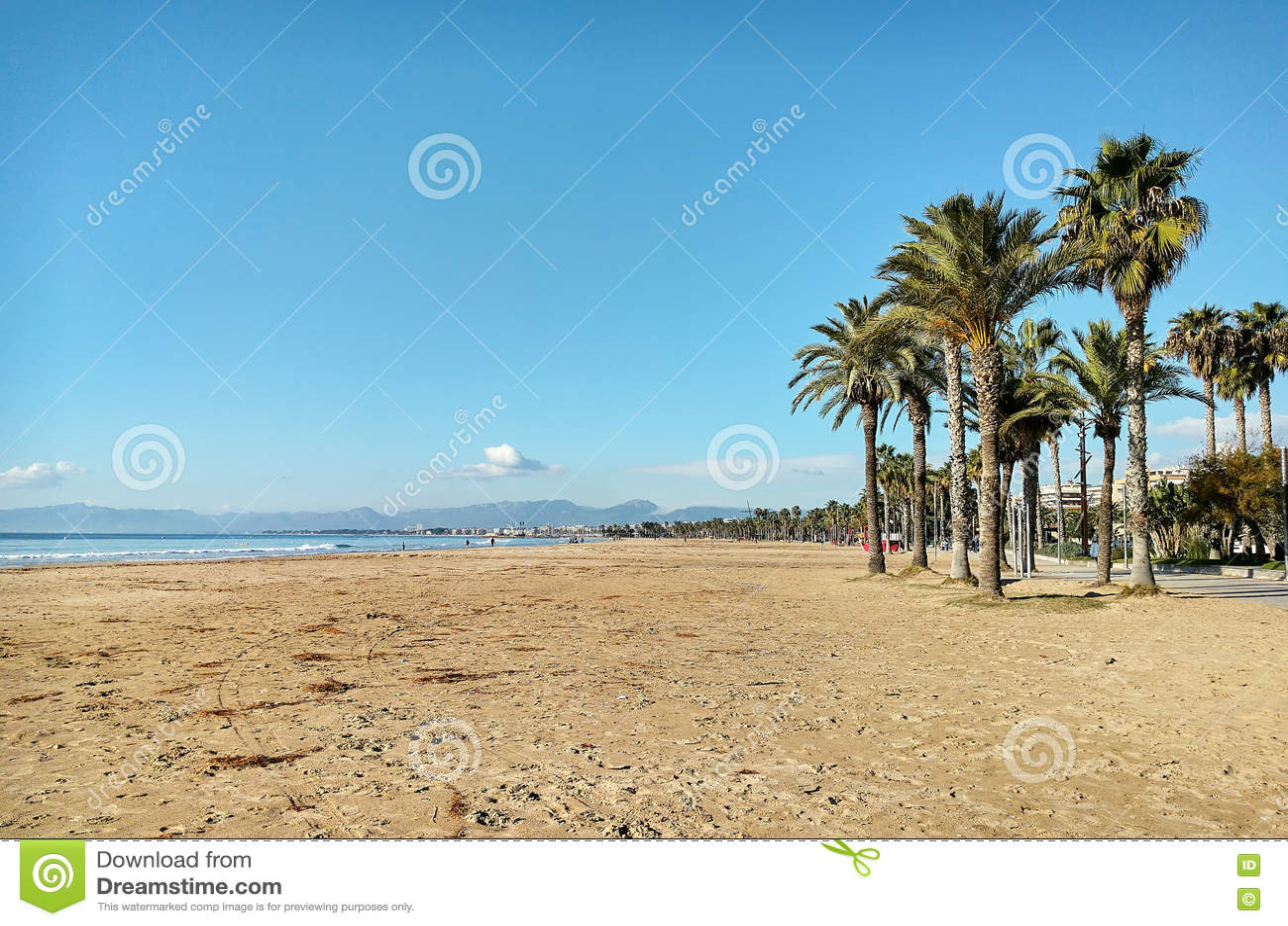 萨洛角海滩