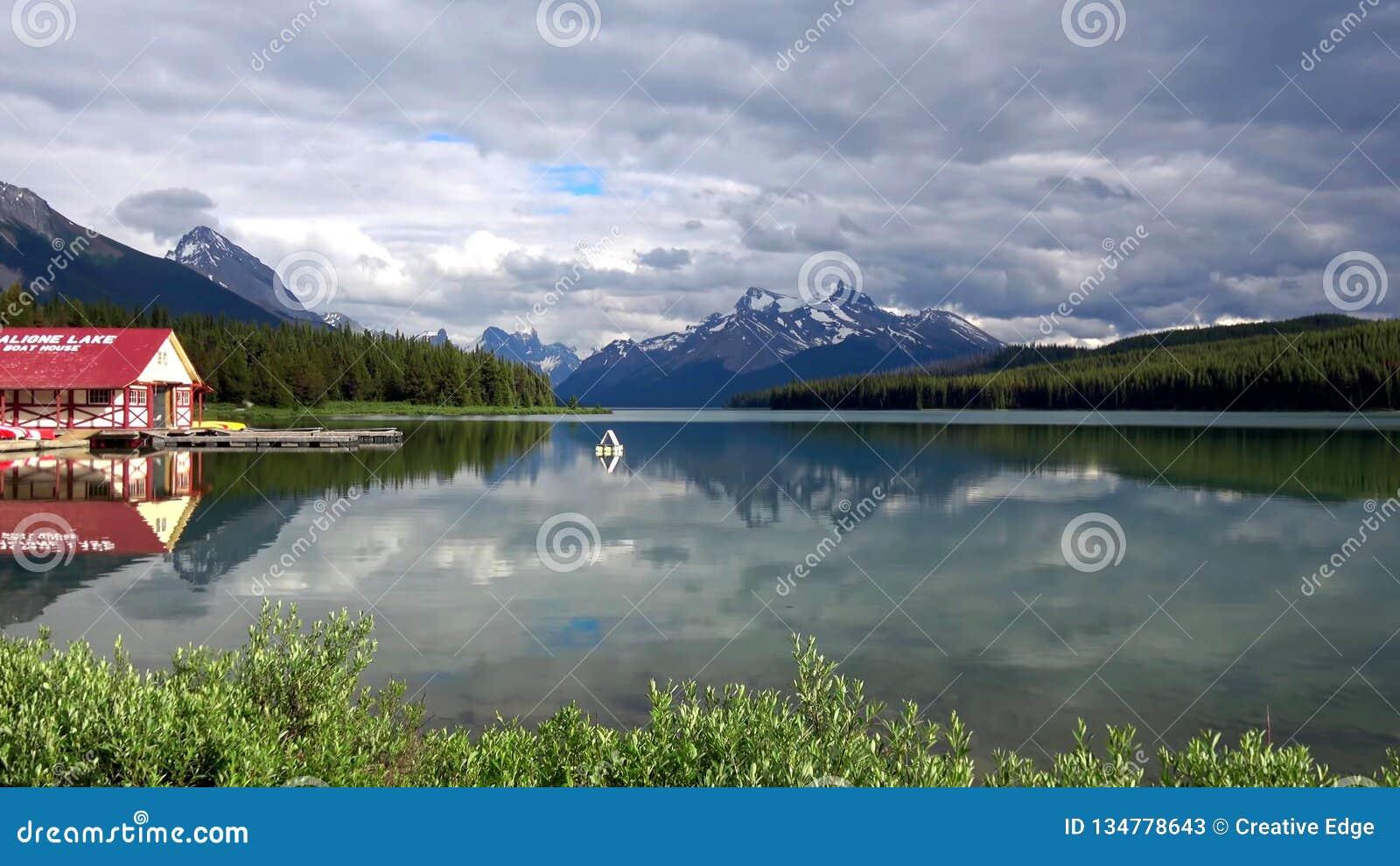 落矶山脉,班夫国家公园,加拿大