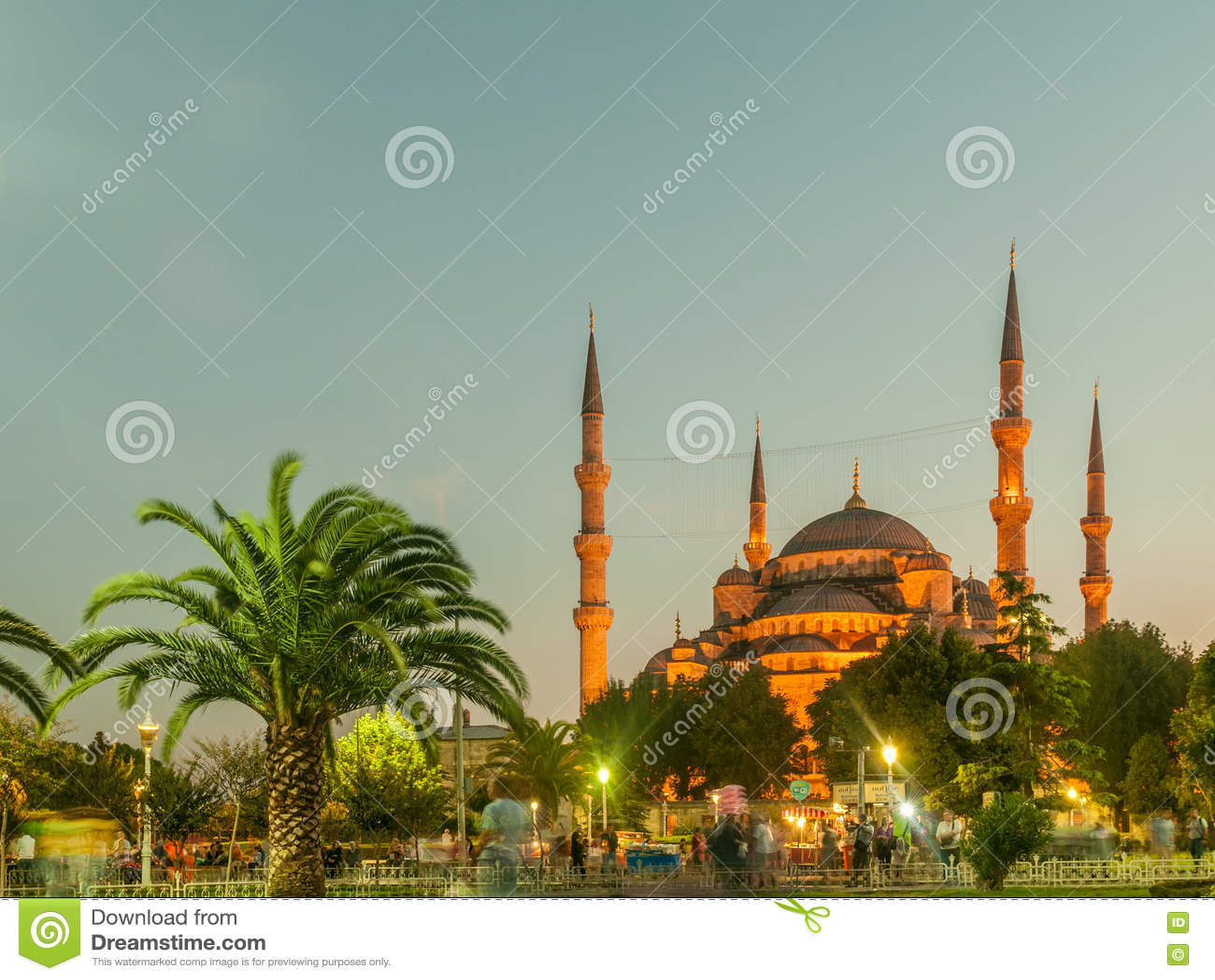 著名清真寺在土耳其市伊斯坦布尔