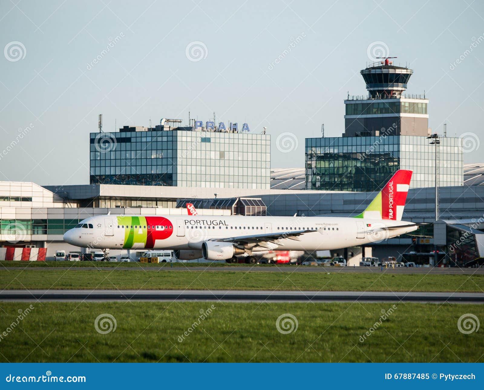 葡萄牙航空公司乘出租车在布拉格机场的空中客车A321
