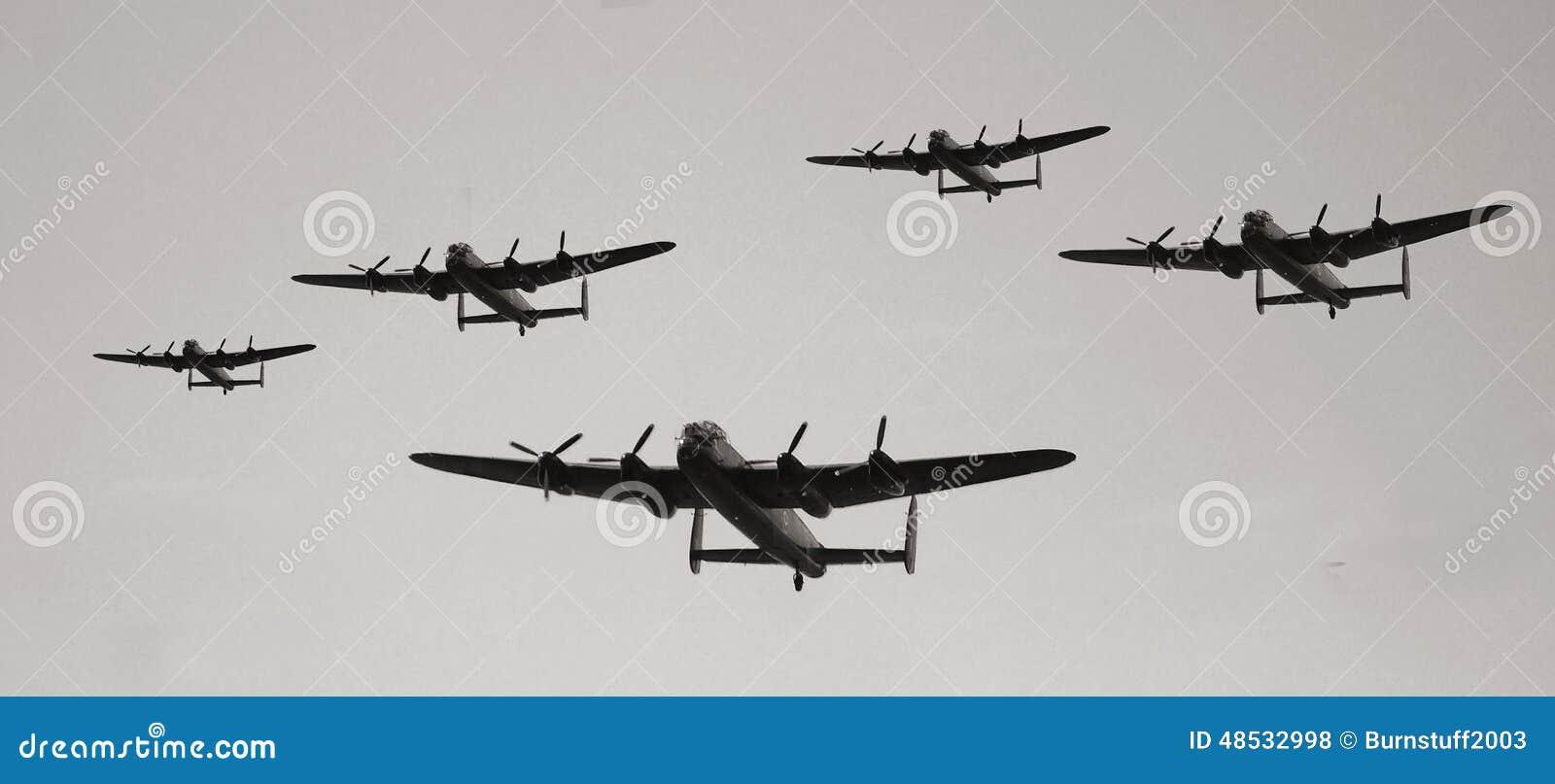葡萄酒军用飞机