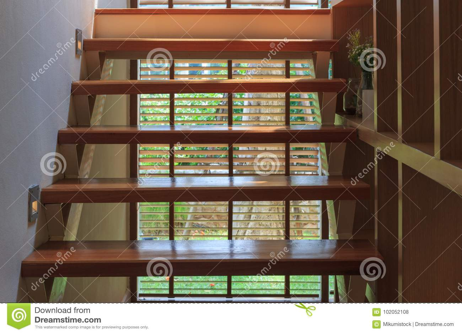 葡萄酒木梯子内部背景