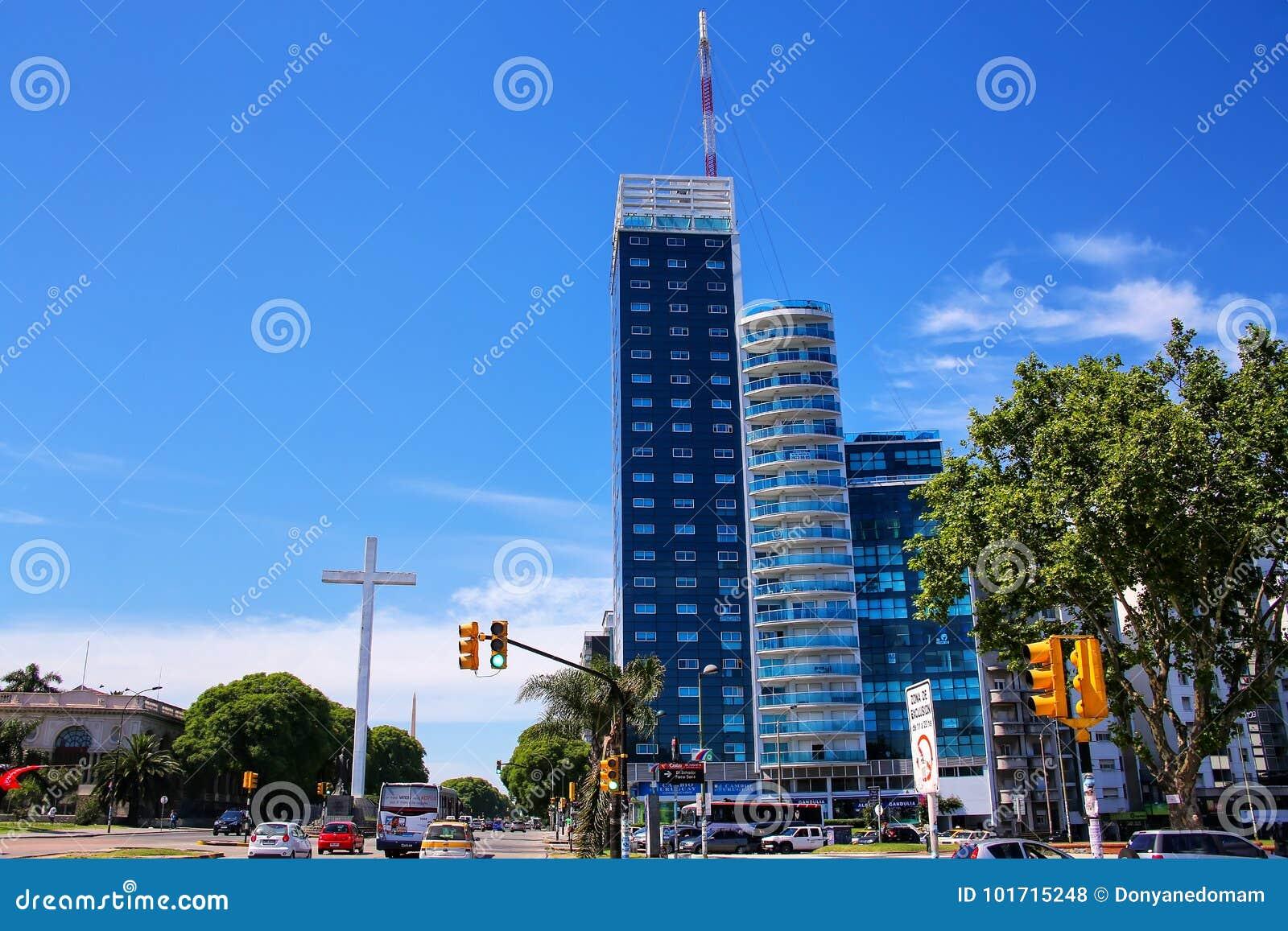 蒙得维的亚Tres Cruces区和Torre del大会报, Urug