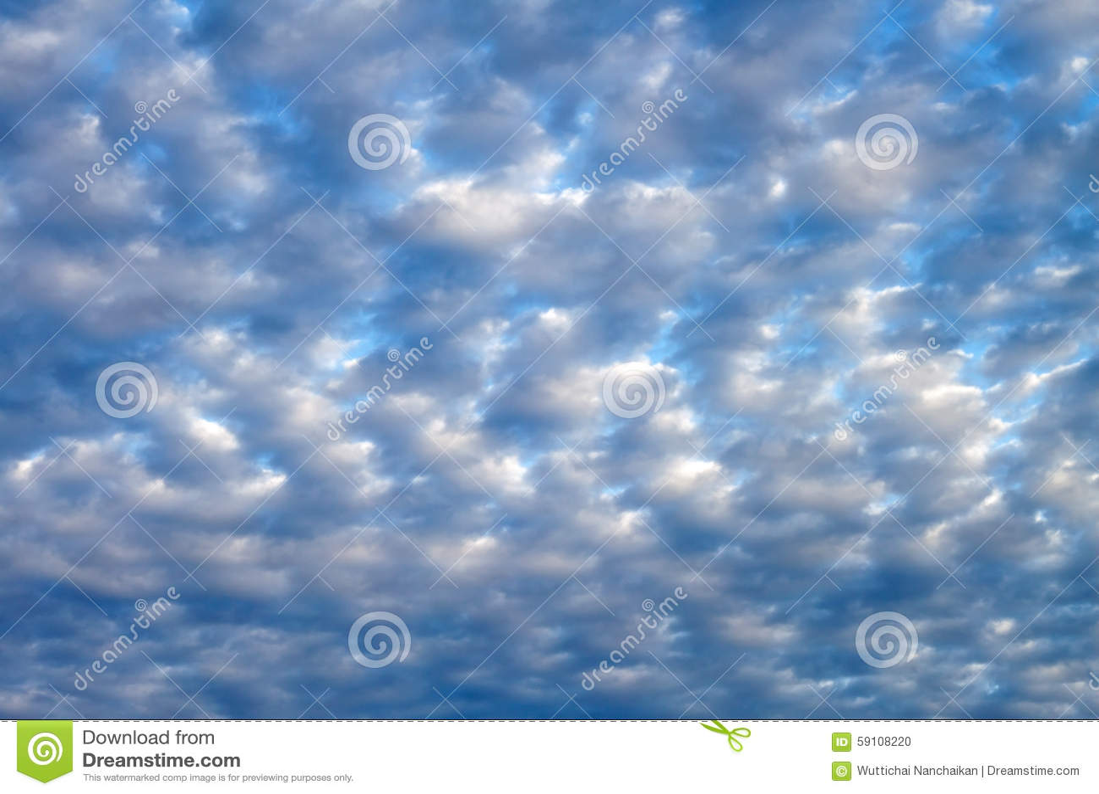 蓝色云彩天空