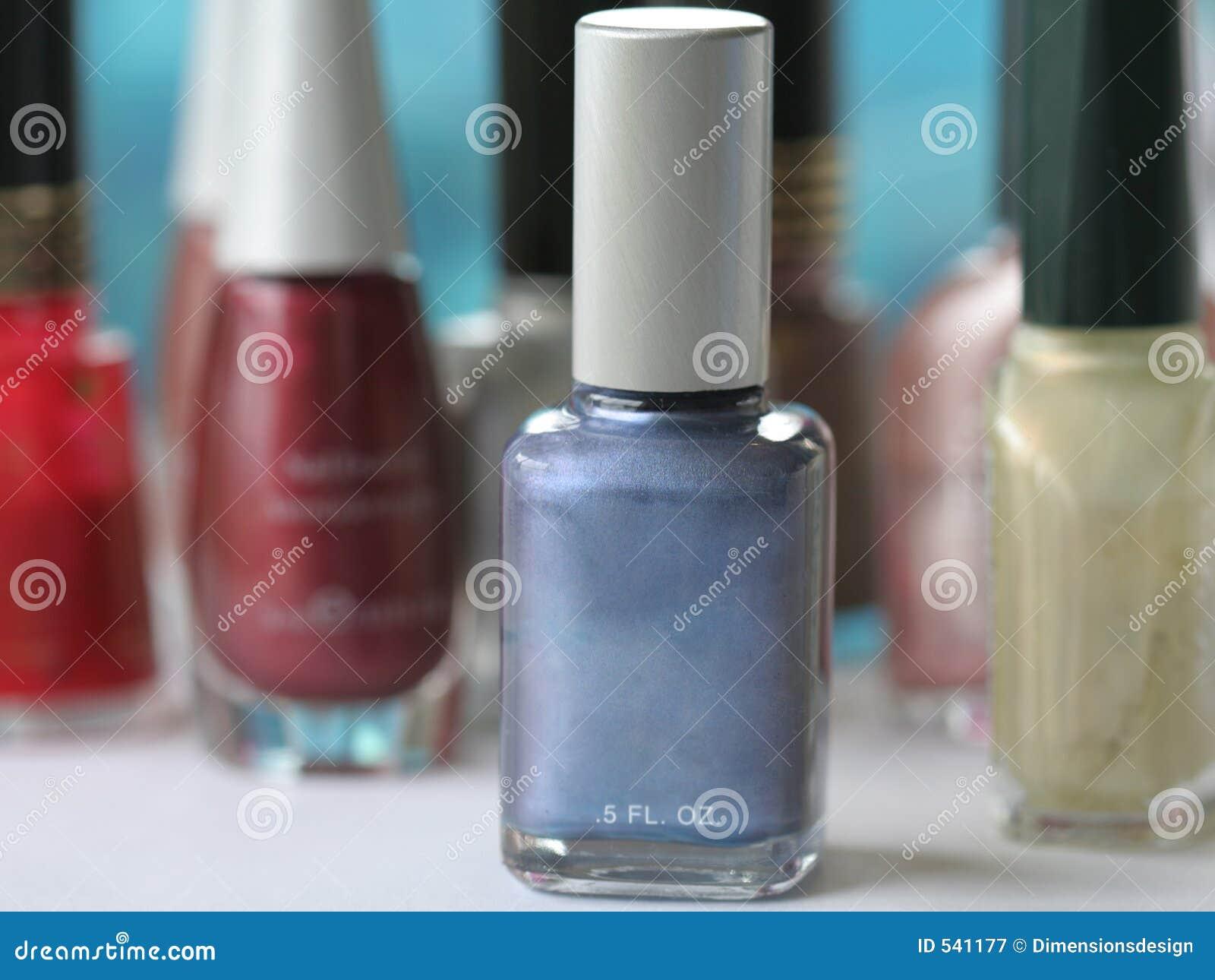 Download 蓝色指甲油 库存图片. 图片 包括有 修指甲, 宏指令, bothy, 关闭, 空白, beauvoir, 化妆用品 - 541177