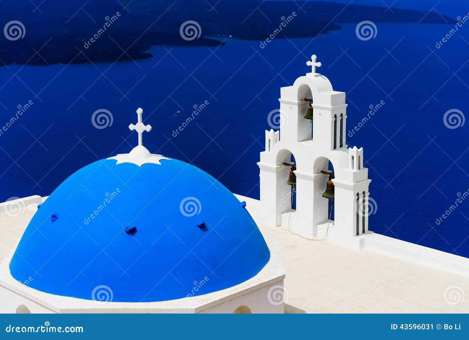 蓝色教会圆顶