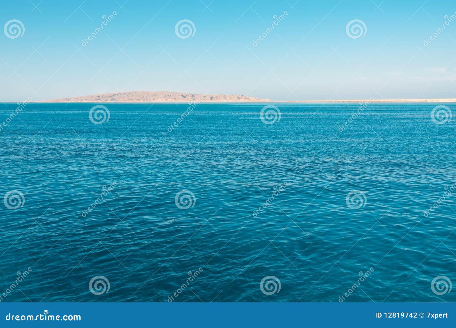 蓝色海运和海岛